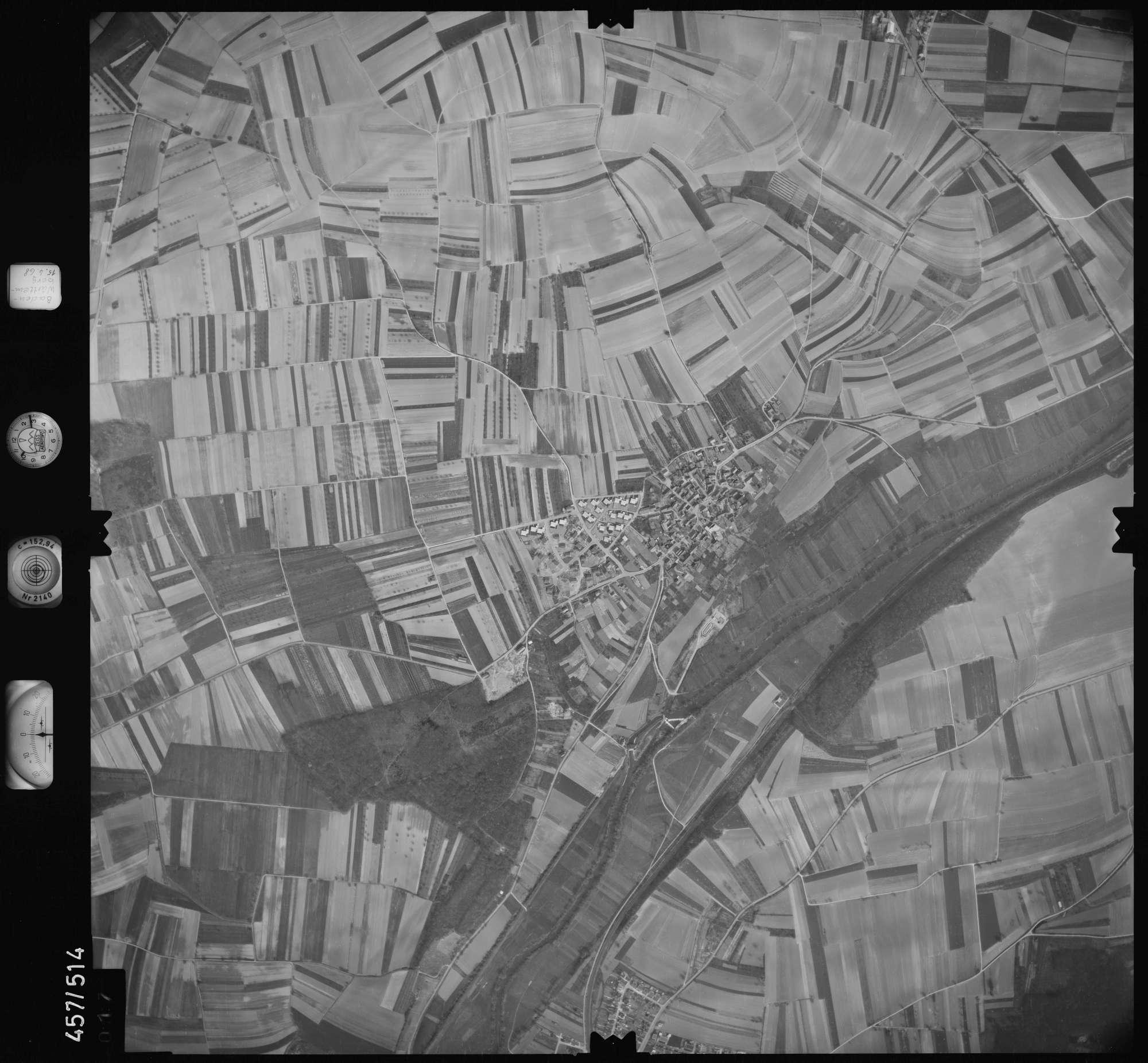 Luftbild: Film 105 Bildnr. 17, Bild 1
