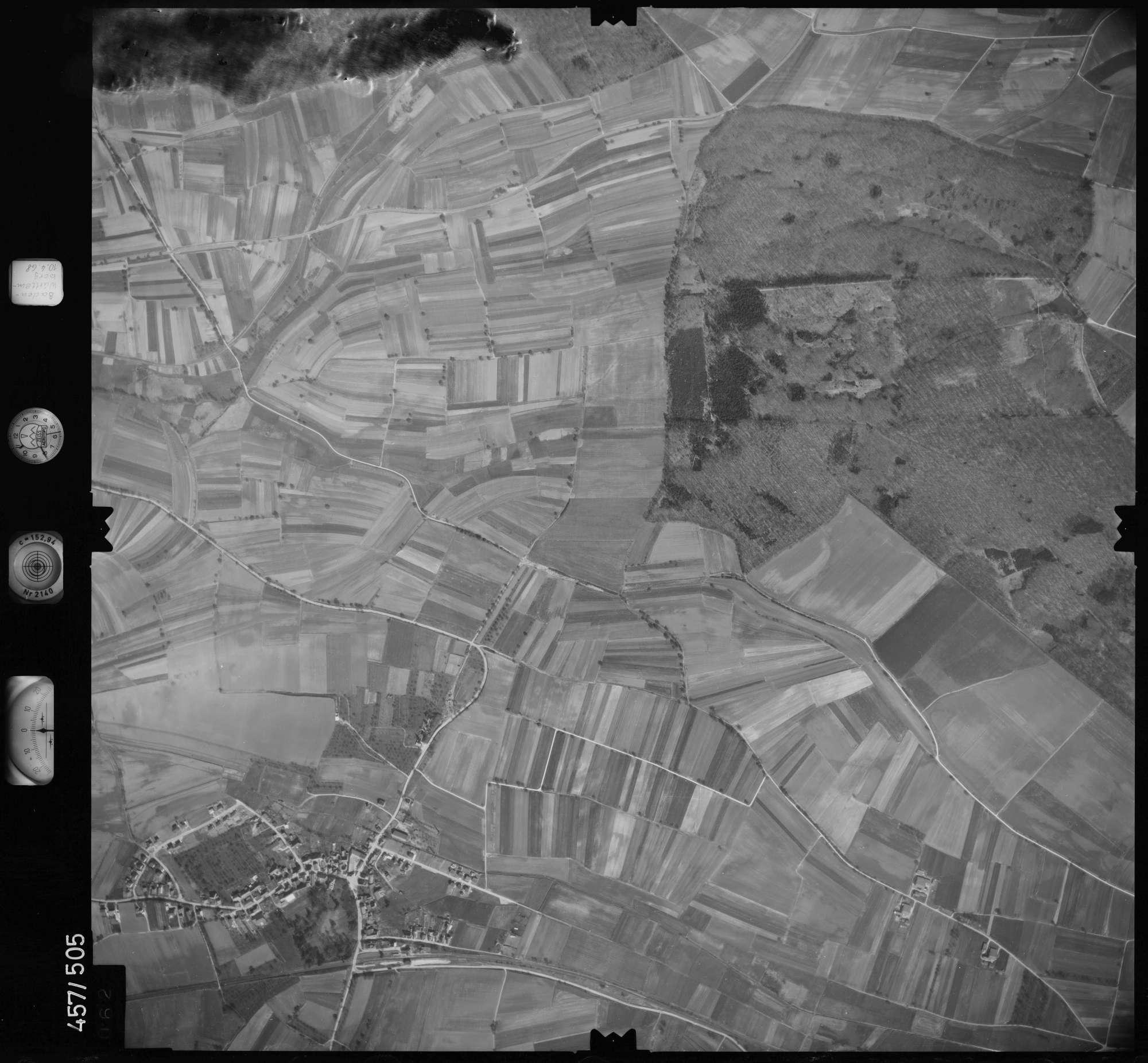 Luftbild: Film 104 Bildnr. 62, Bild 1