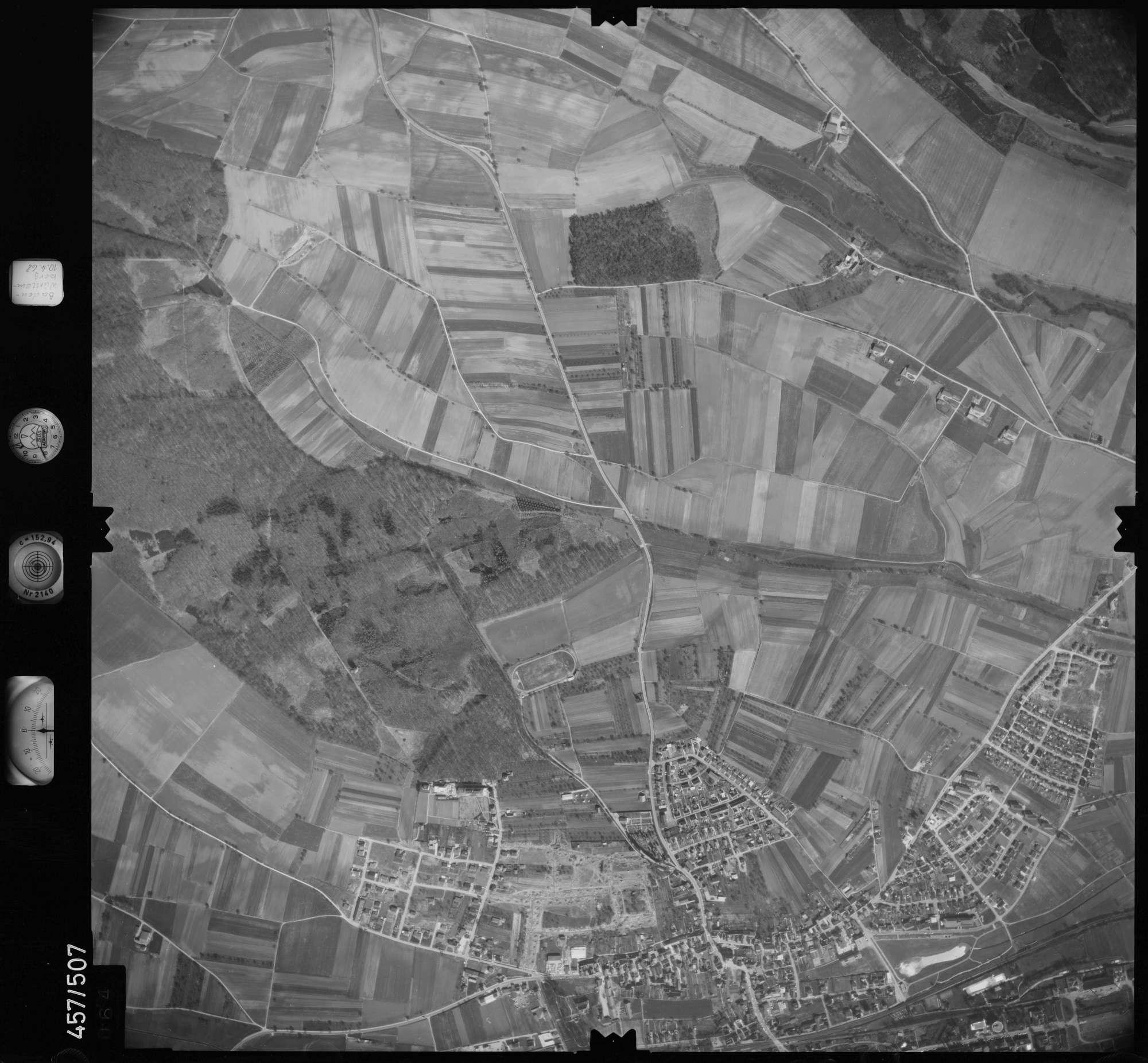 Luftbild: Film 104 Bildnr. 64, Bild 1
