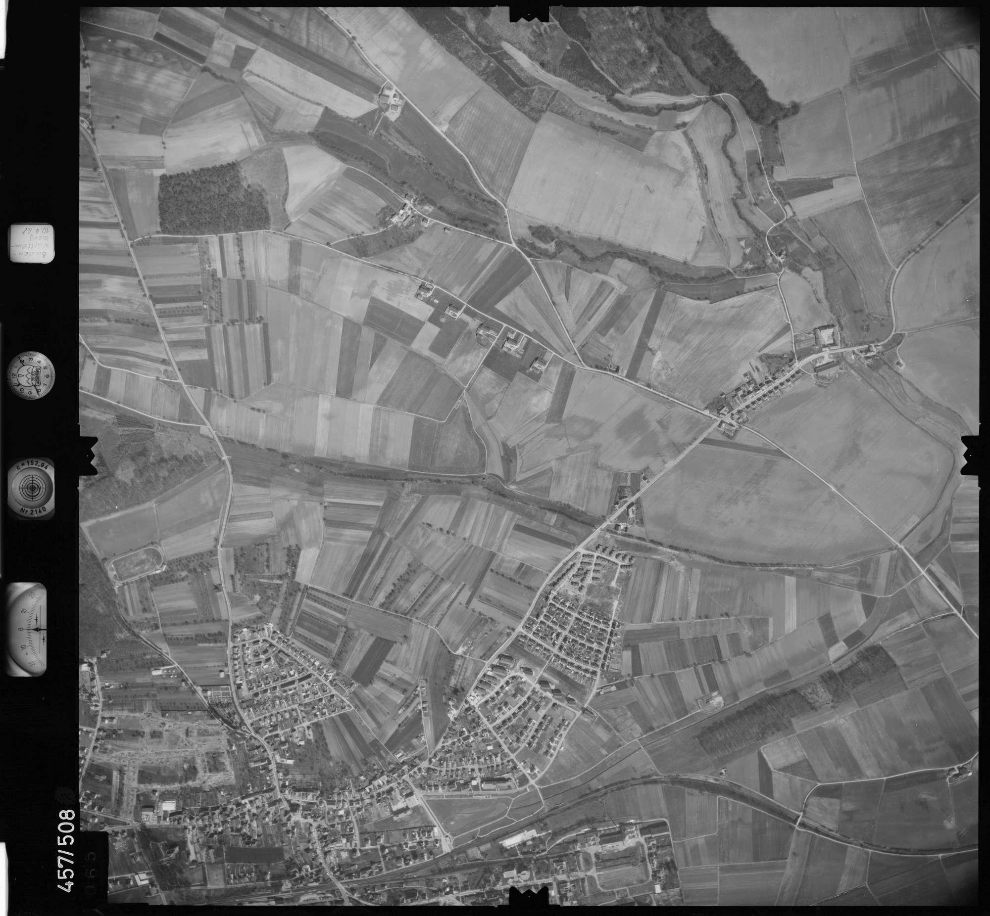 Luftbild: Film 104 Bildnr. 65, Bild 1