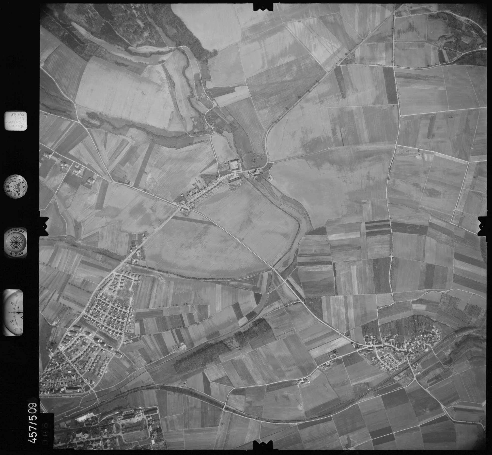 Luftbild: Film 104 Bildnr. 66, Bild 1