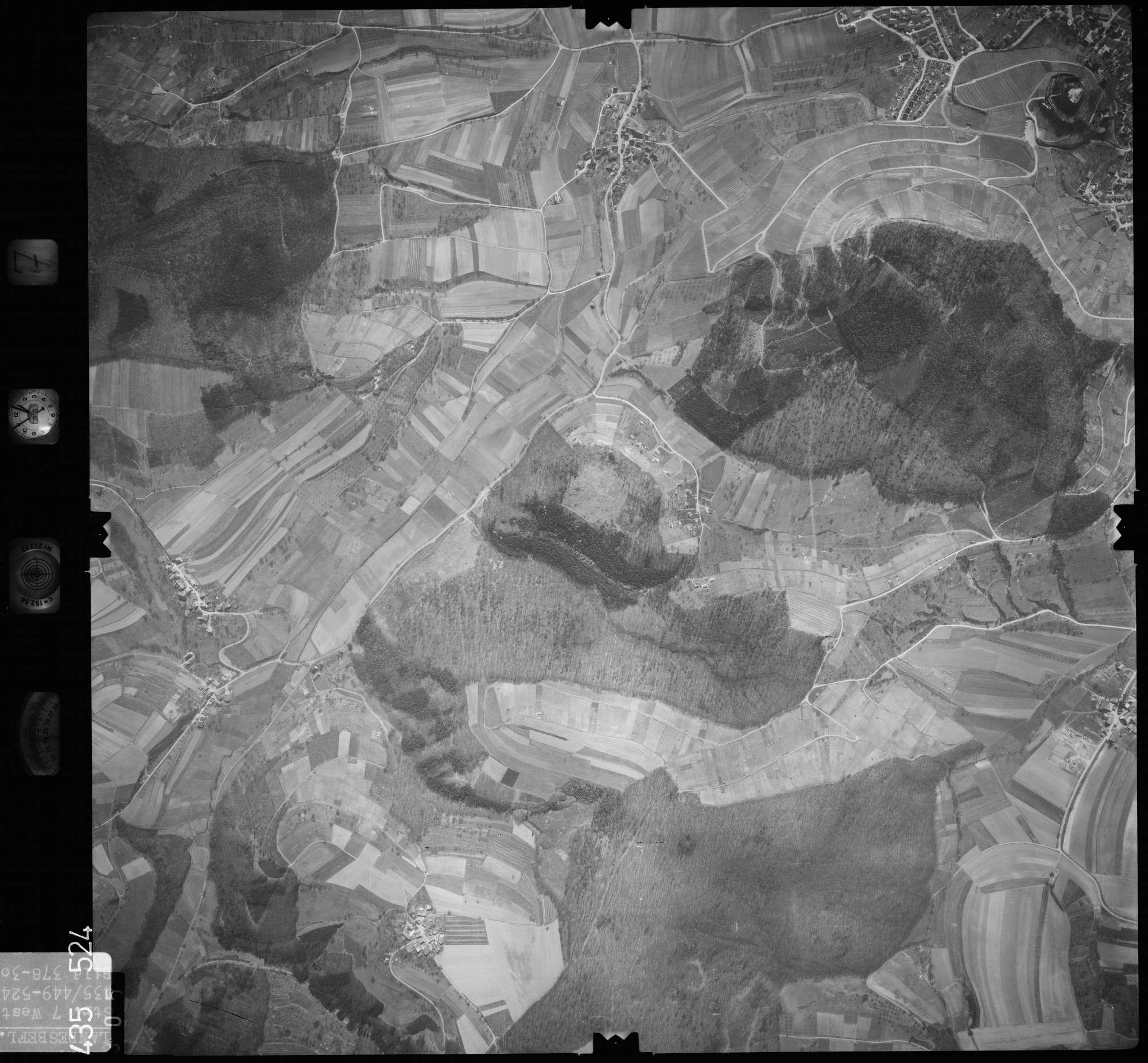Luftbild: Film 7 Bildnr. 305, Bild 1