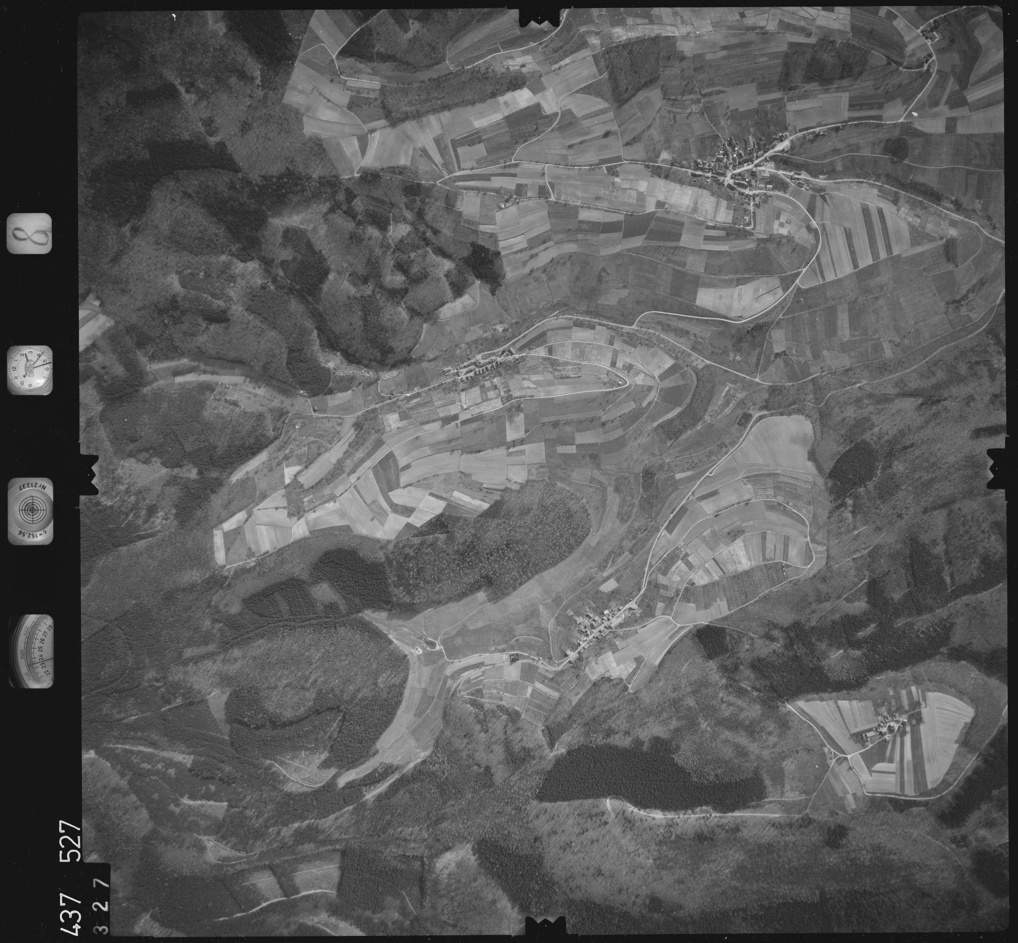 Luftbild: Film 8 Bildnr. 327, Bild 1