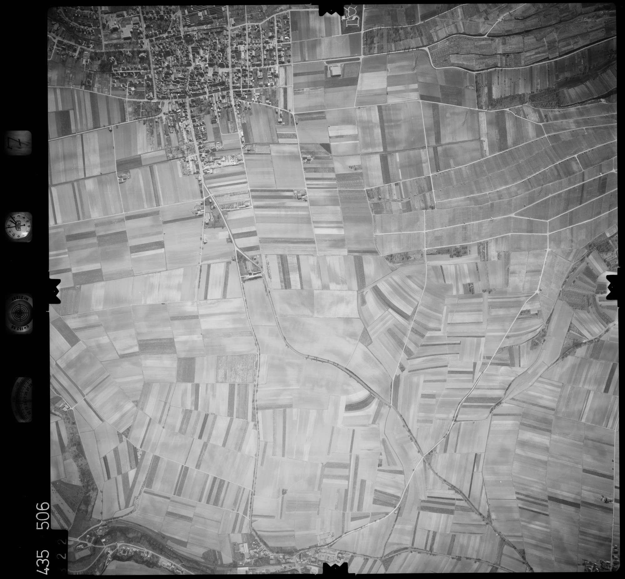 Luftbild: Film 7 Bildnr. 322, Bild 1
