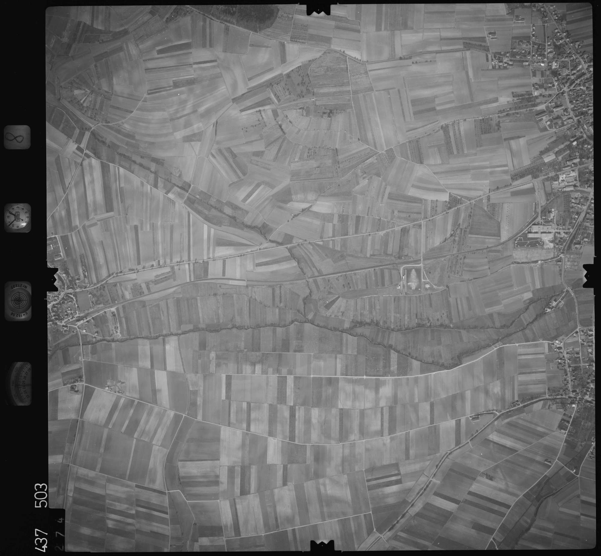 Luftbild: Film 8 Bildnr. 274, Bild 1