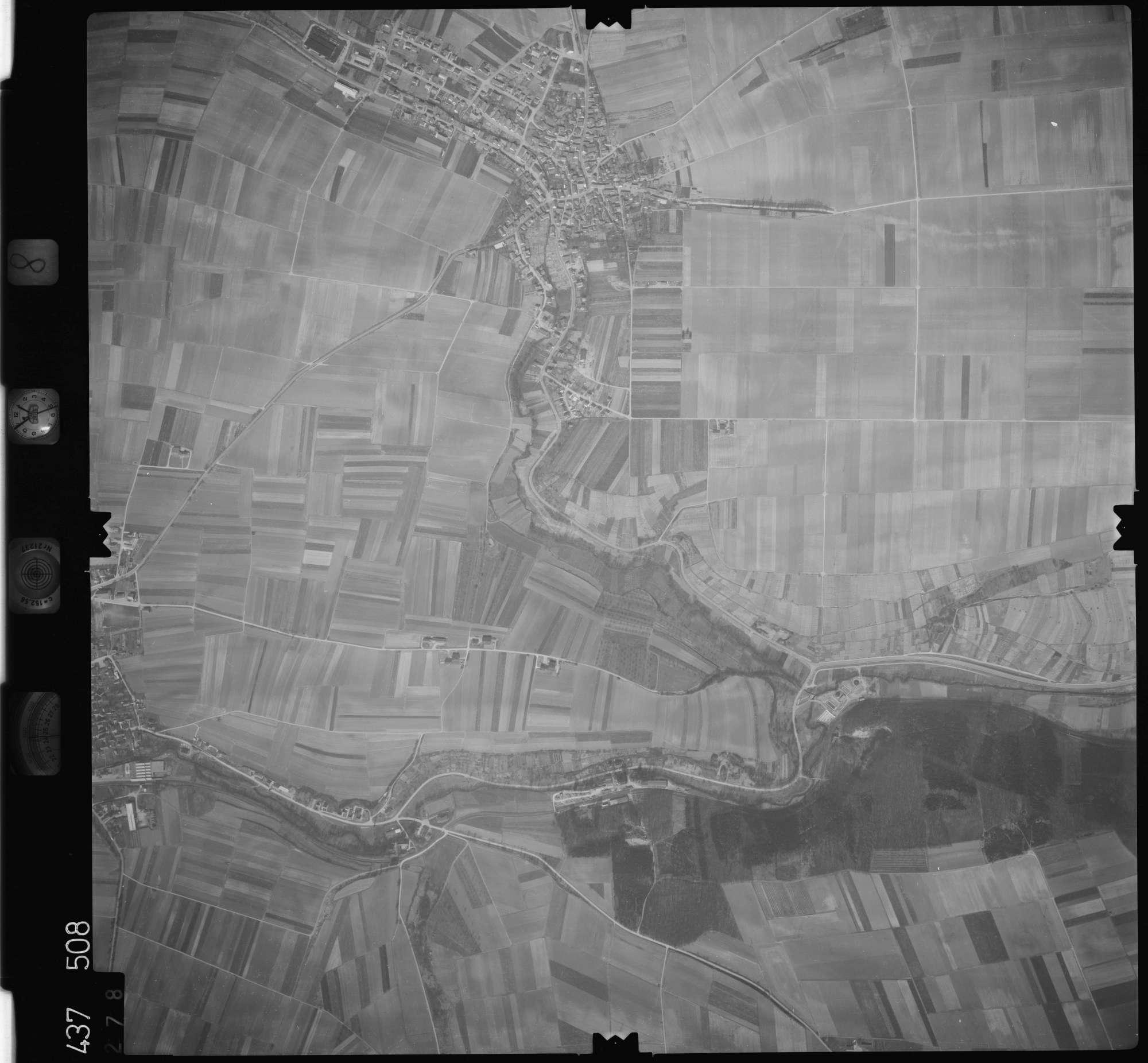 Luftbild: Film 8 Bildnr. 278, Bild 1