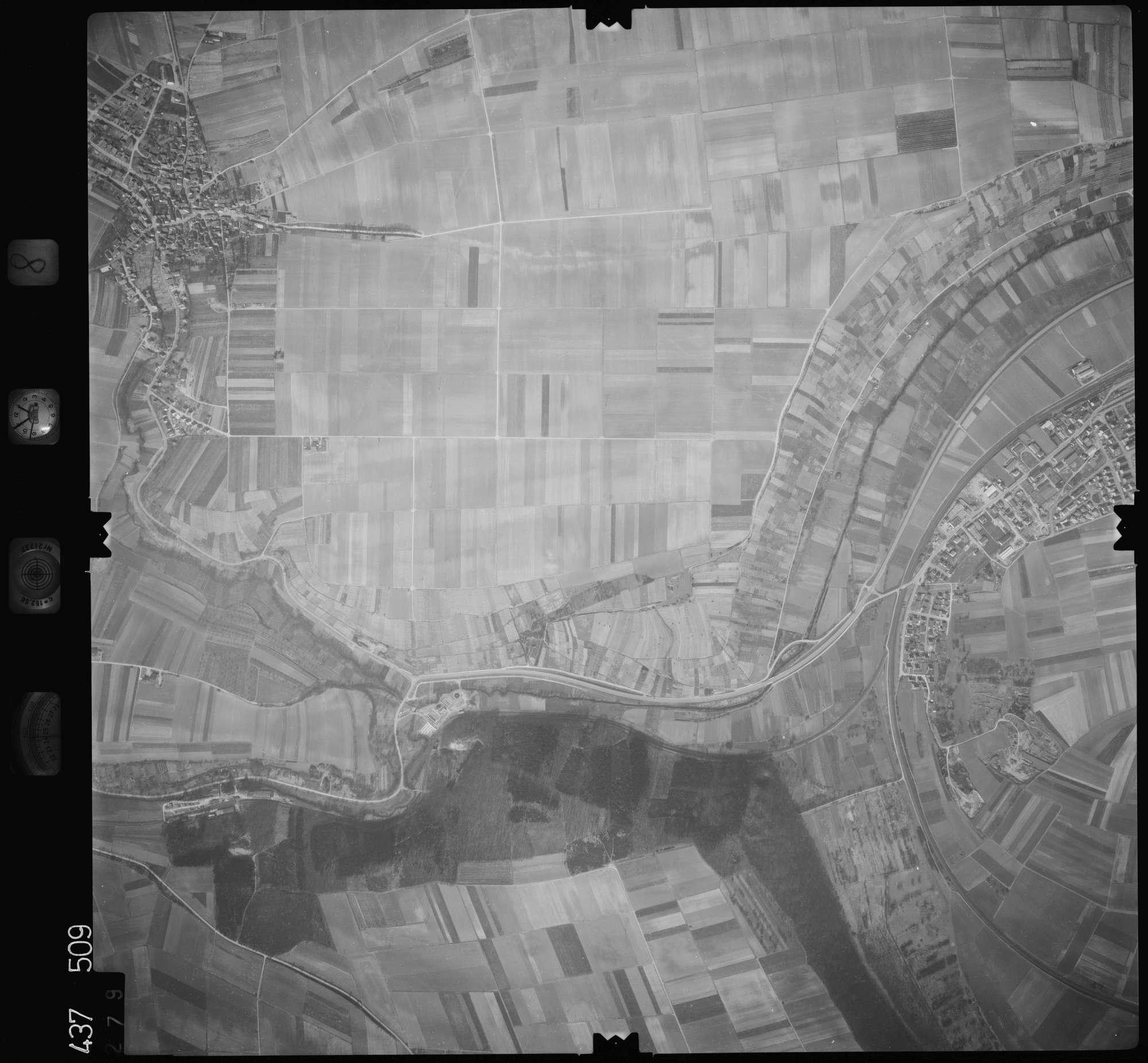 Luftbild: Film 8 Bildnr. 279, Bild 1