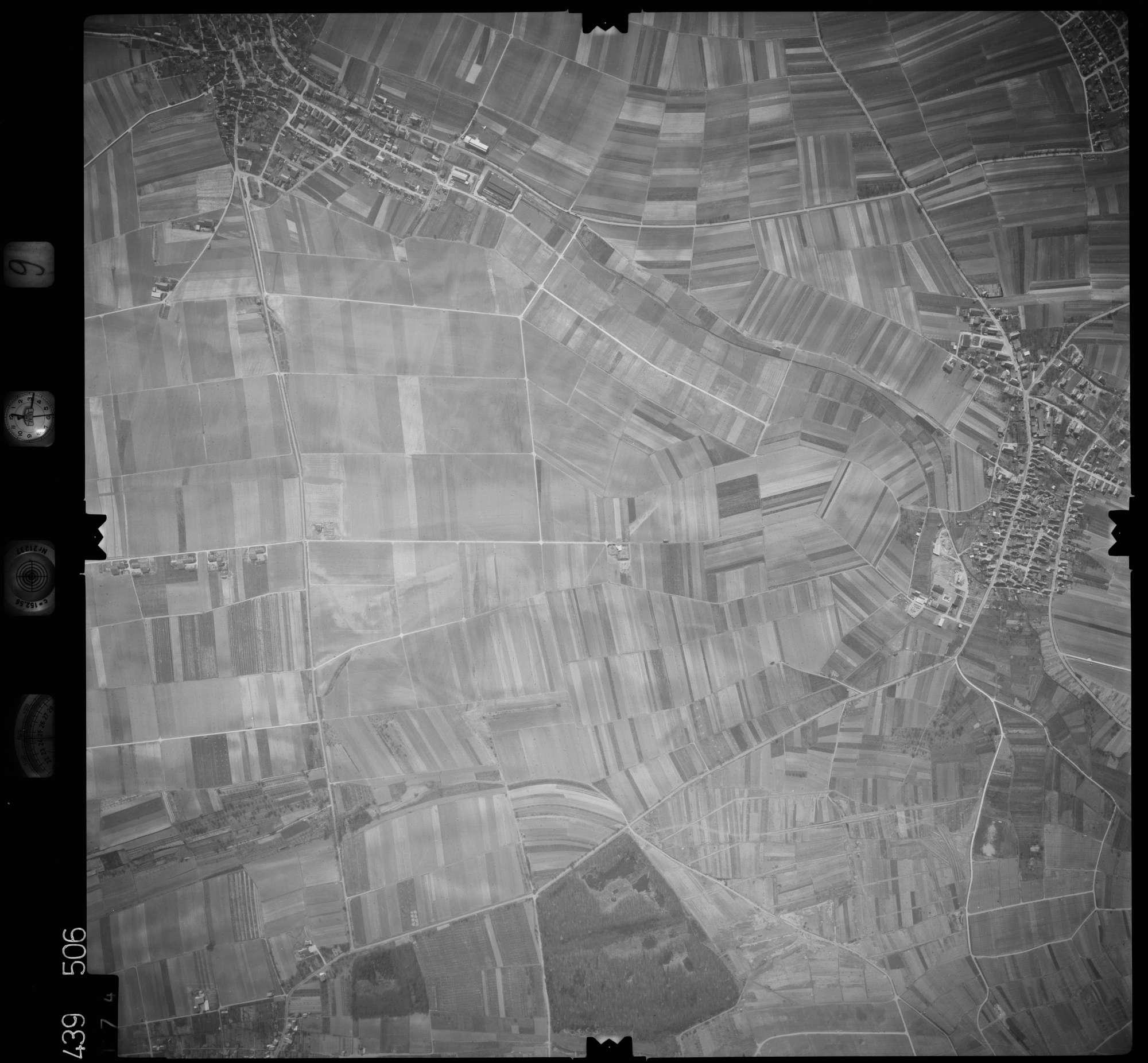 Luftbild: Film 9 Bildnr. 174, Bild 1