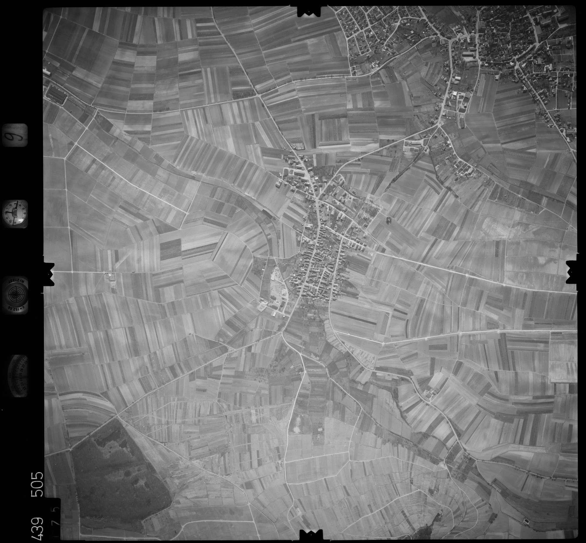 Luftbild: Film 9 Bildnr. 175, Bild 1