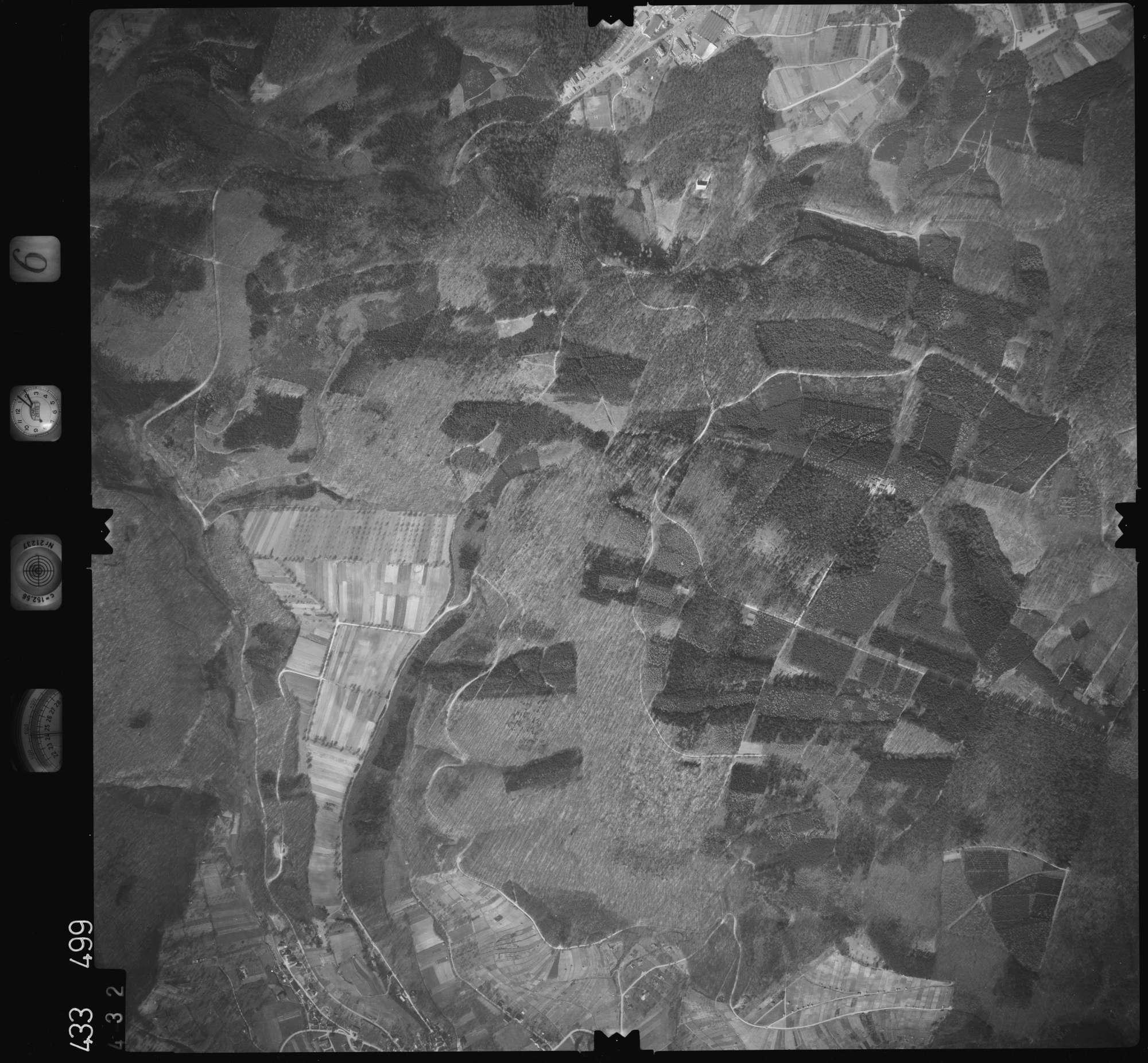 Luftbild: Film 6 Bildnr. 432, Bild 1