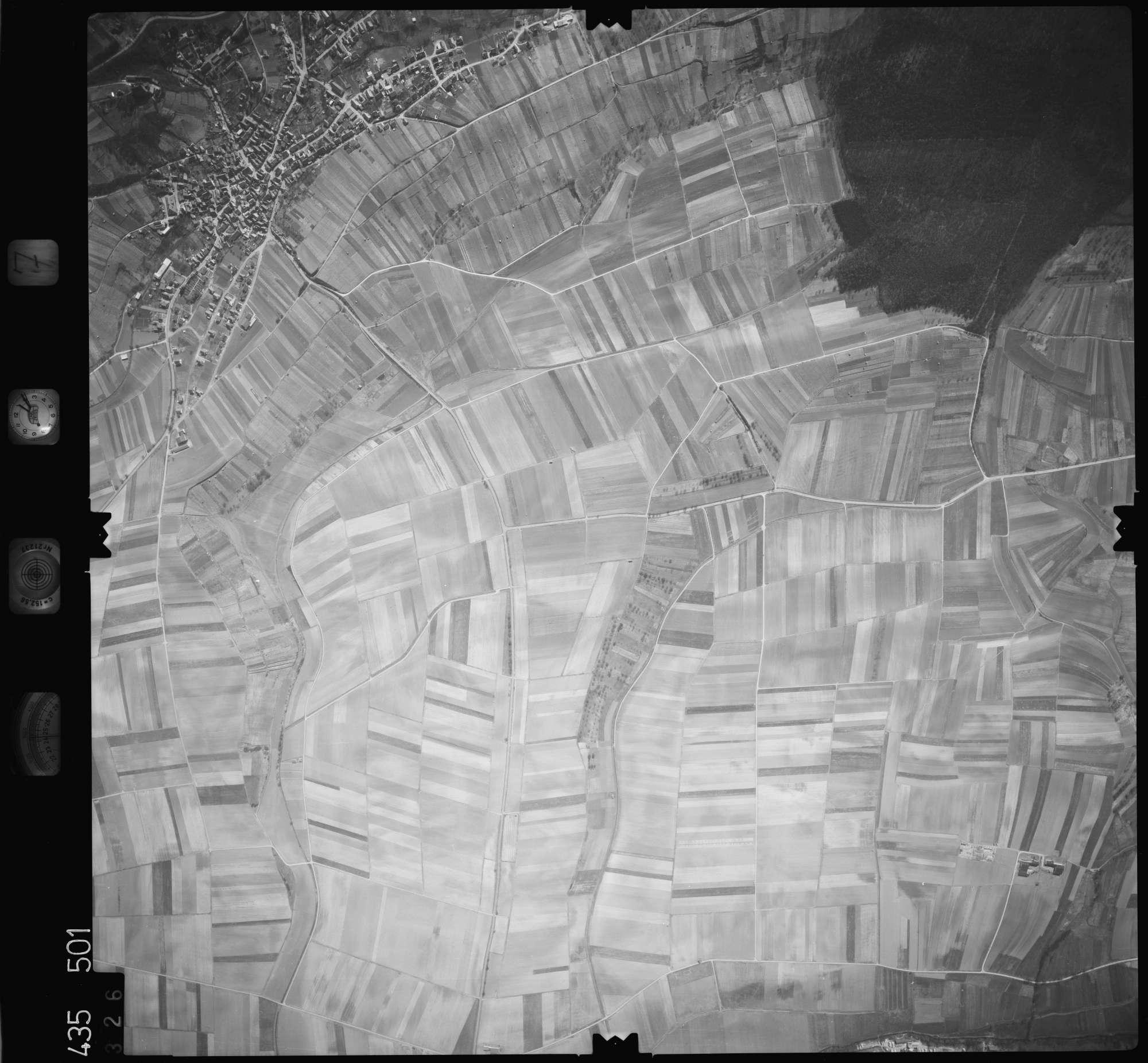 Luftbild: Film 7 Bildnr. 326, Bild 1