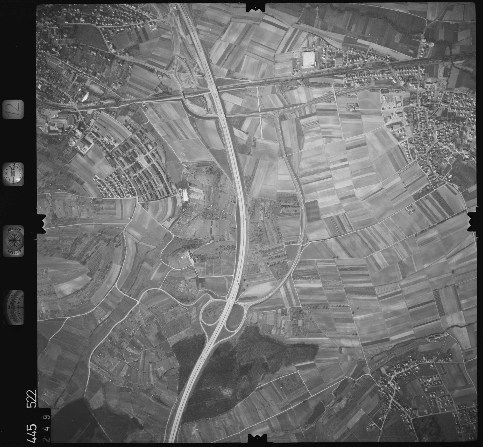 Luftbild: Film 12 Bildnr. 249, Bild 1