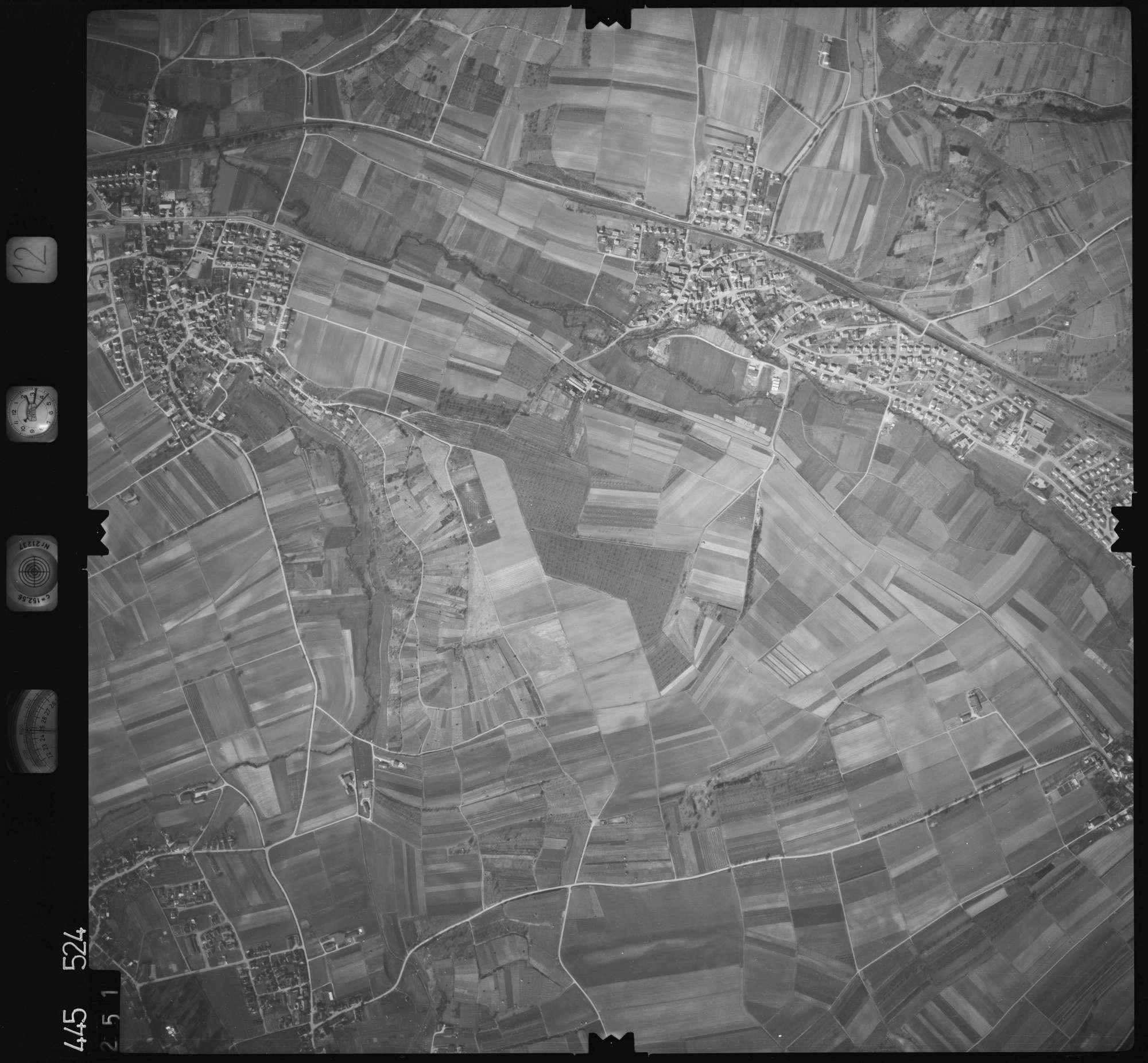 Luftbild: Film 12 Bildnr. 251, Bild 1