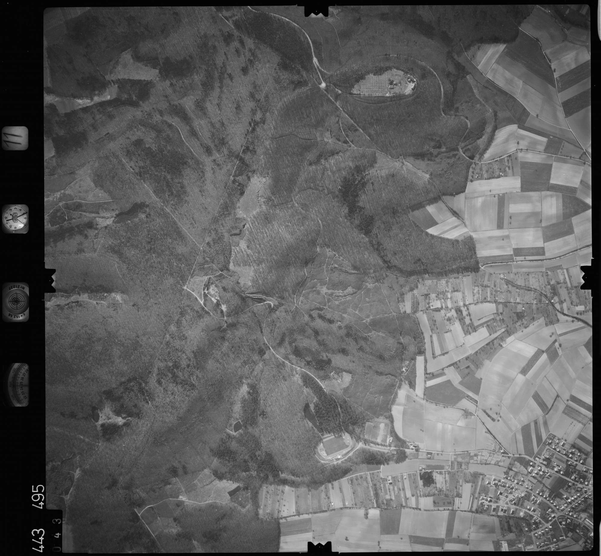 Luftbild: Film 11 Bildnr. 43, Bild 1