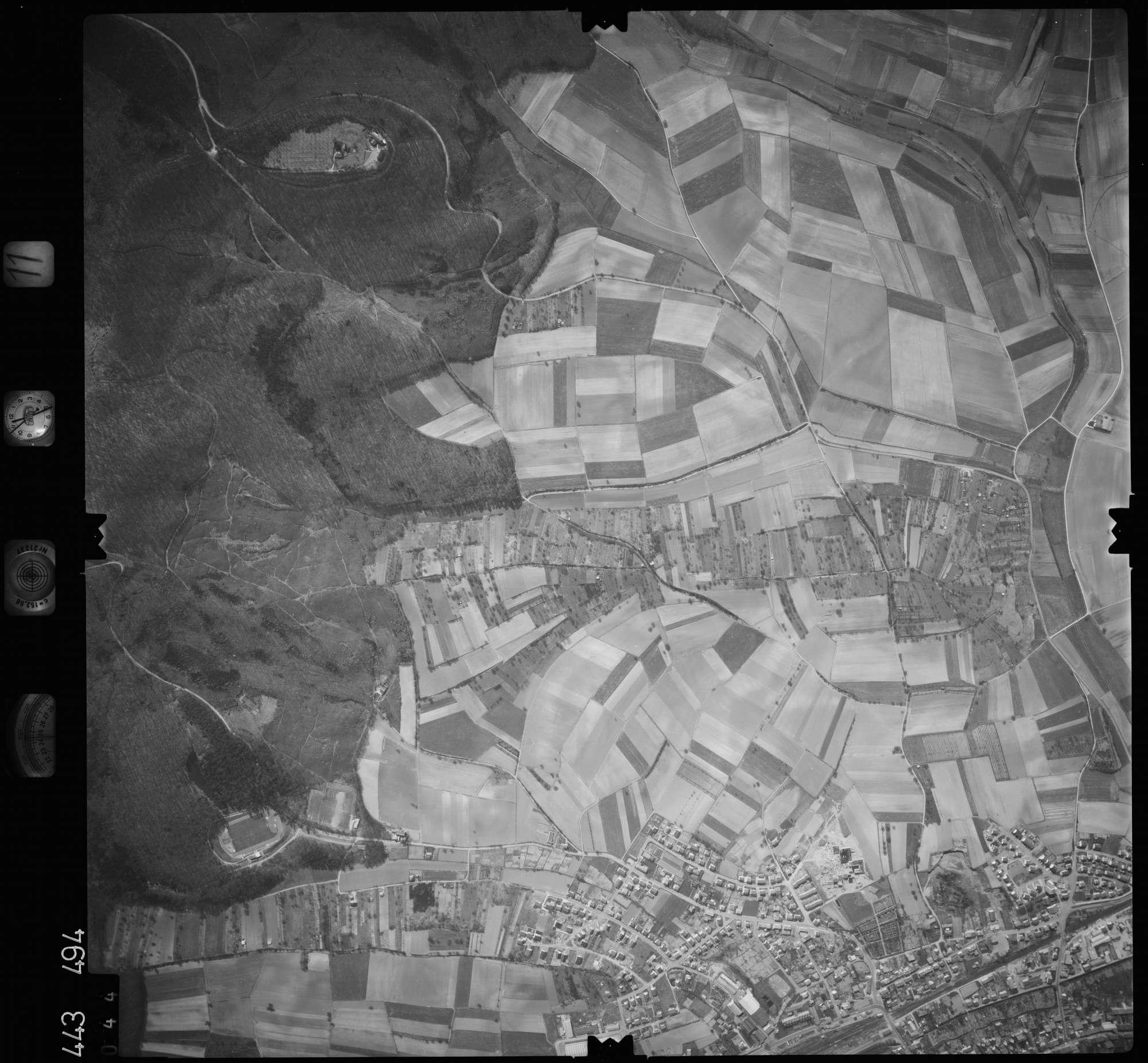 Luftbild: Film 11 Bildnr. 44, Bild 1