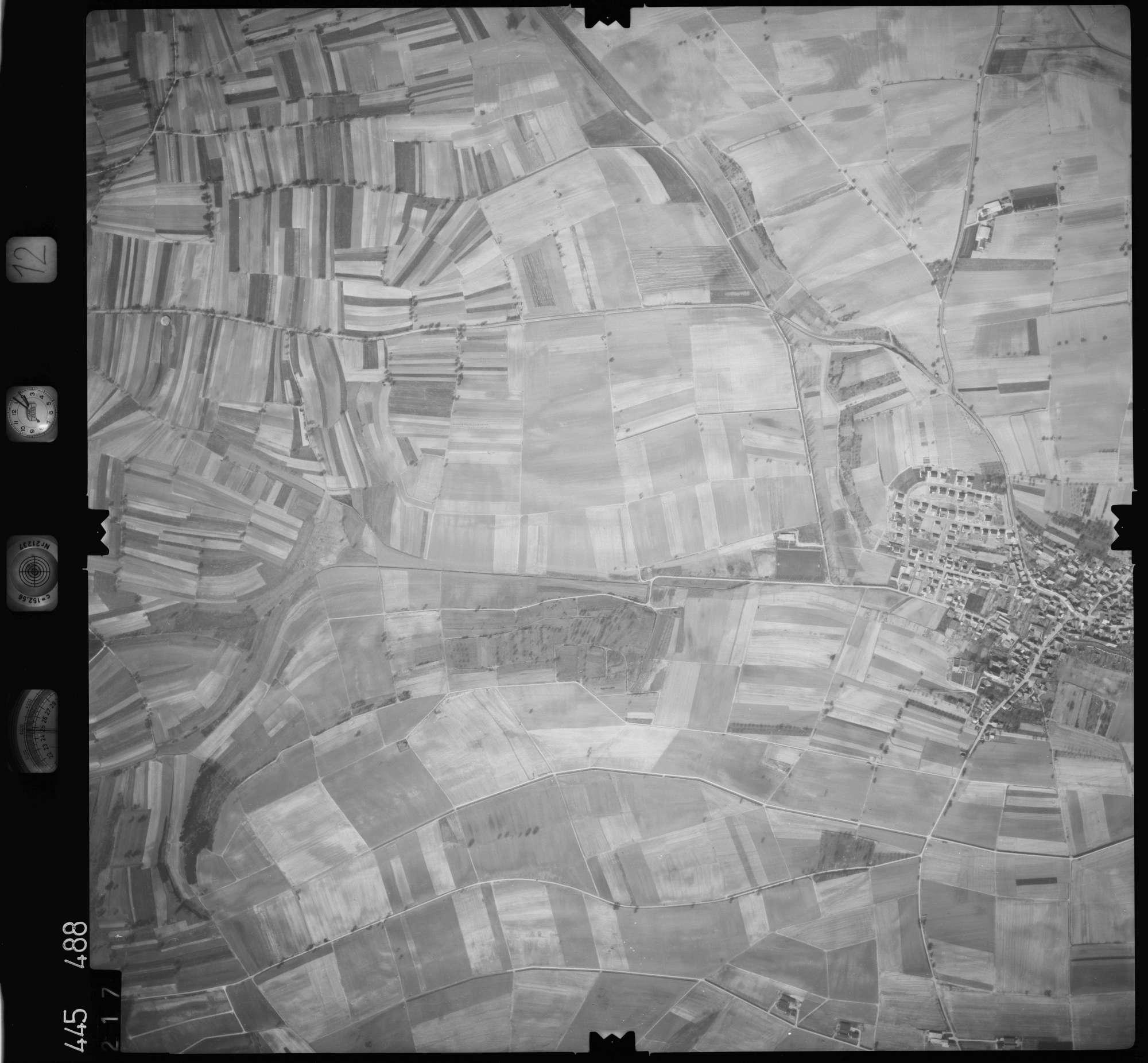 Luftbild: Film 12 Bildnr. 217, Bild 1