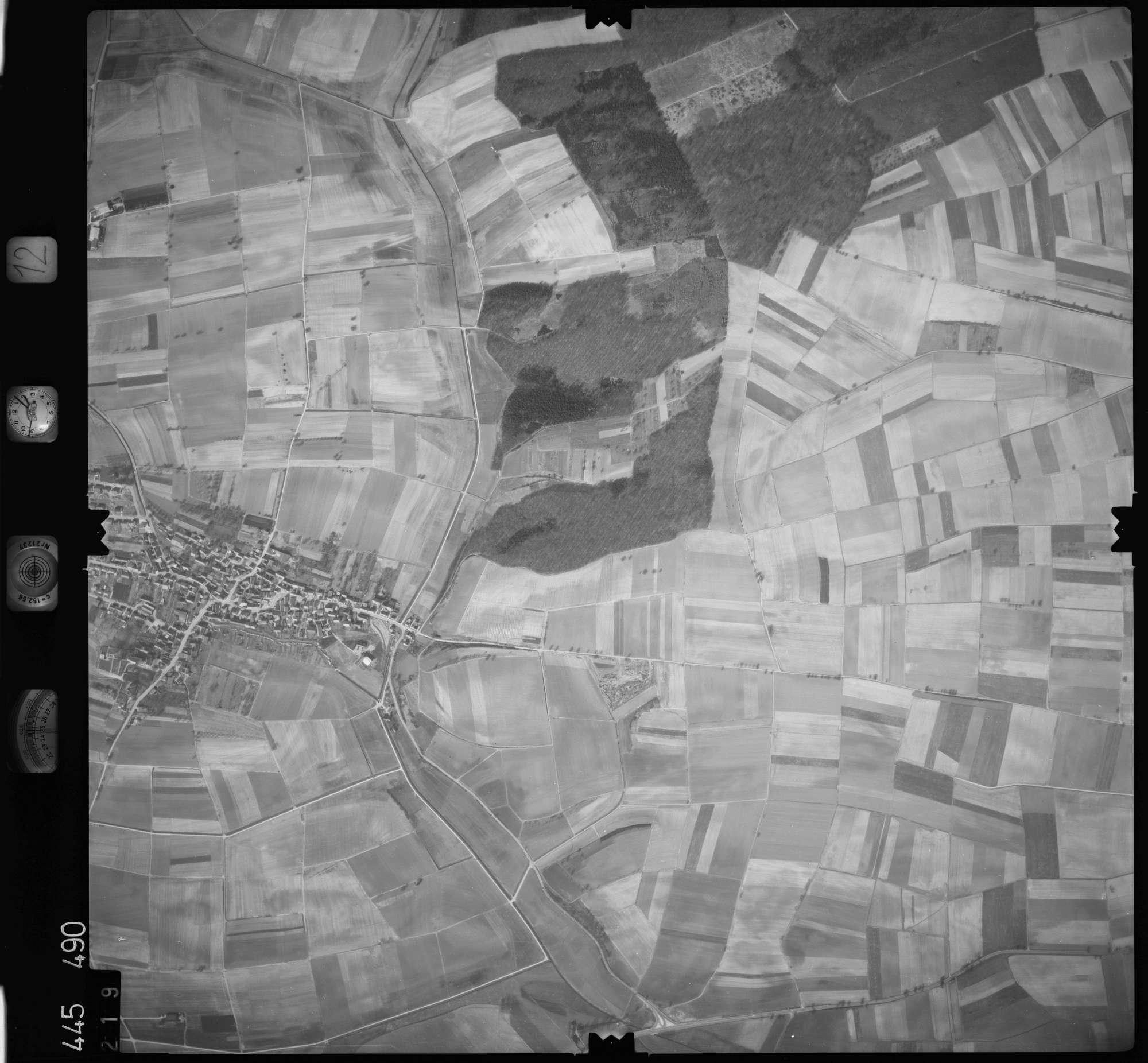 Luftbild: Film 12 Bildnr. 219, Bild 1