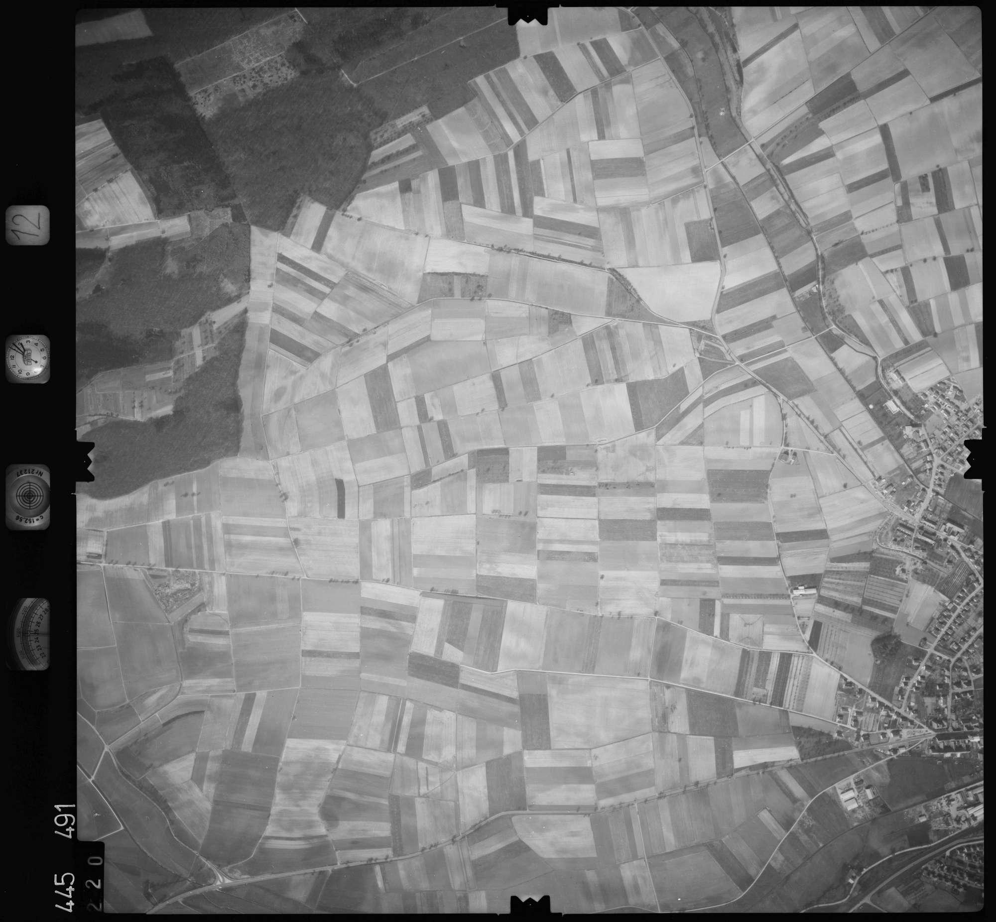 Luftbild: Film 12 Bildnr. 220, Bild 1