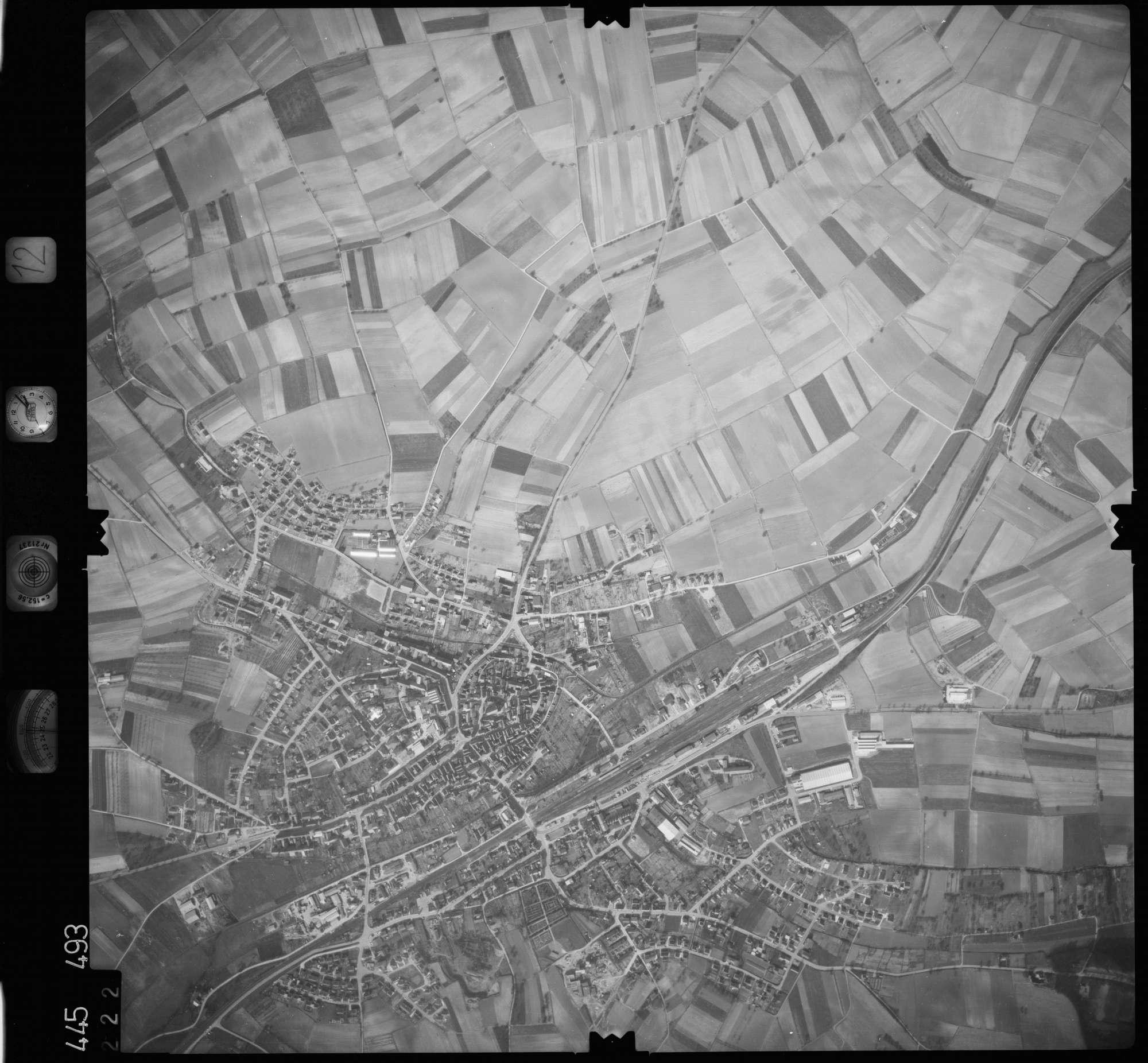 Luftbild: Film 12 Bildnr. 222, Bild 1