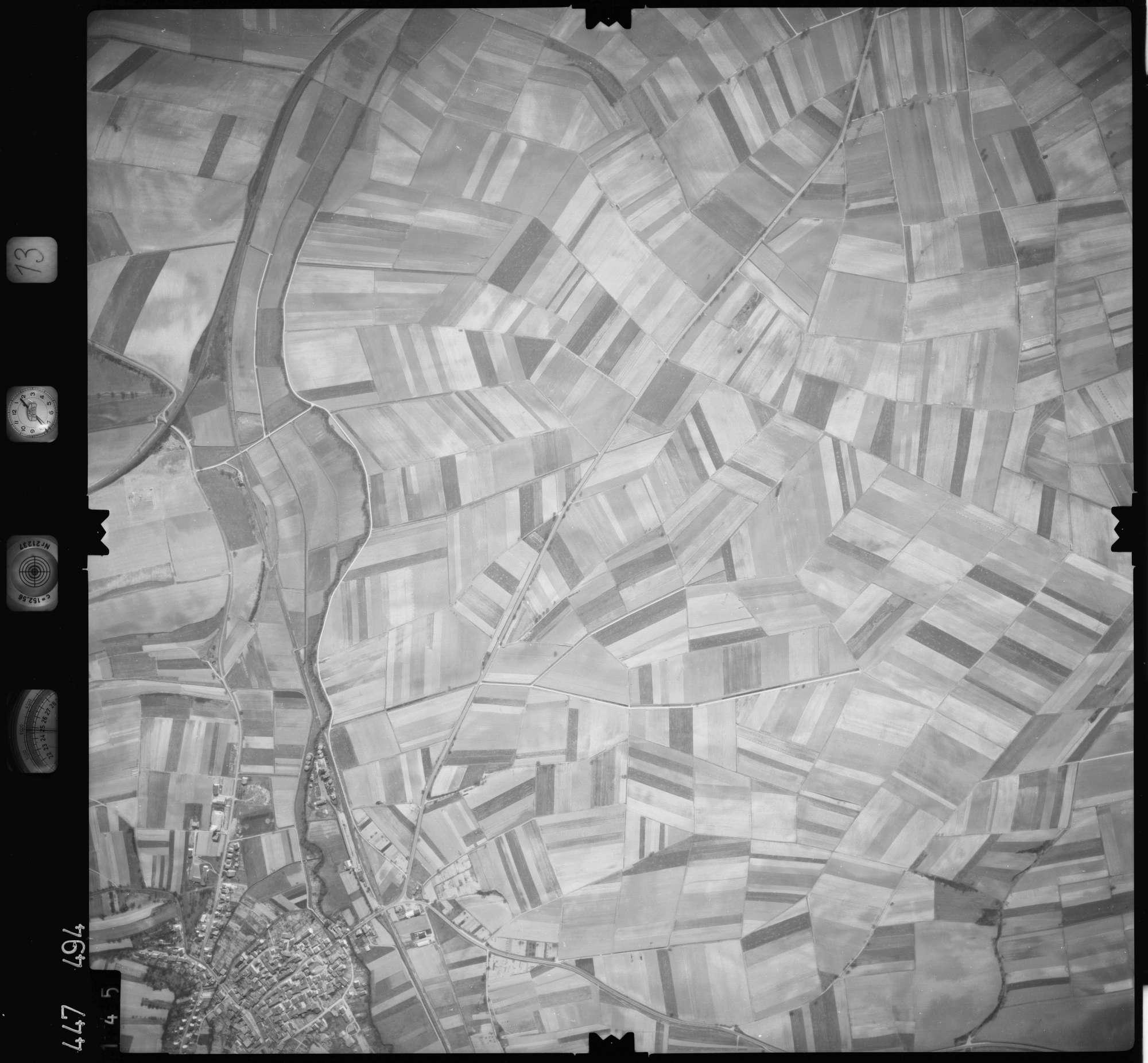 Luftbild: Film 13 Bildnr. 145, Bild 1