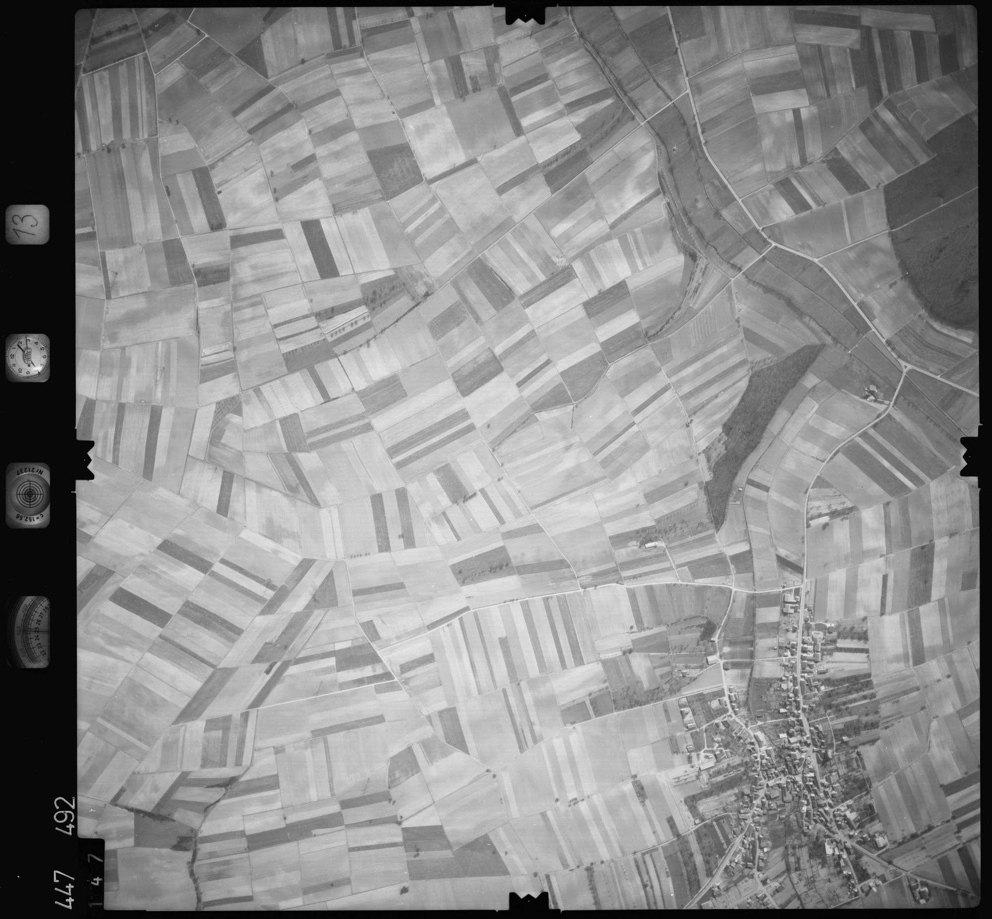 Luftbild: Film 13 Bildnr. 147, Bild 1