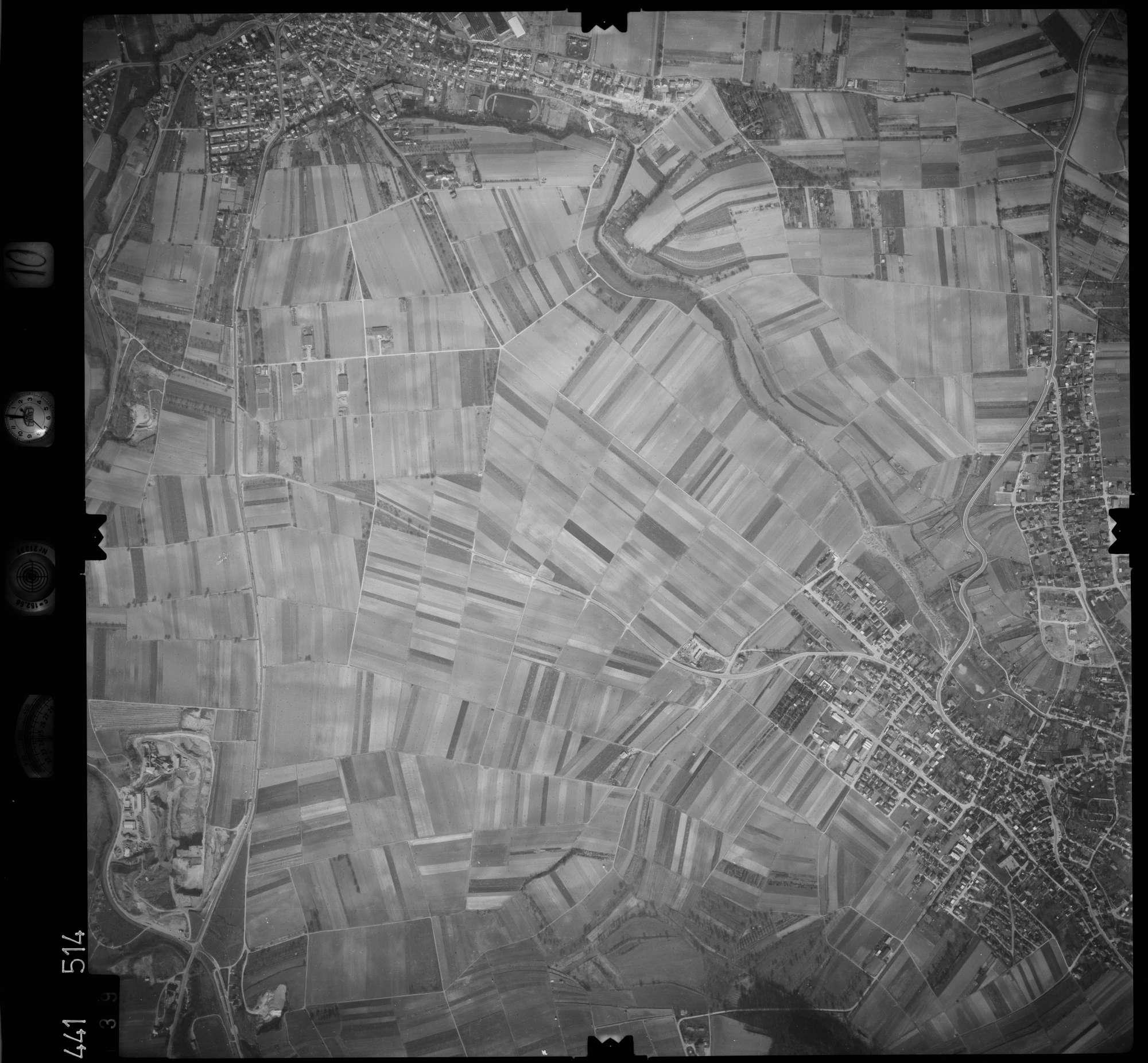 Luftbild: Film 10 Bildnr. 139, Bild 1