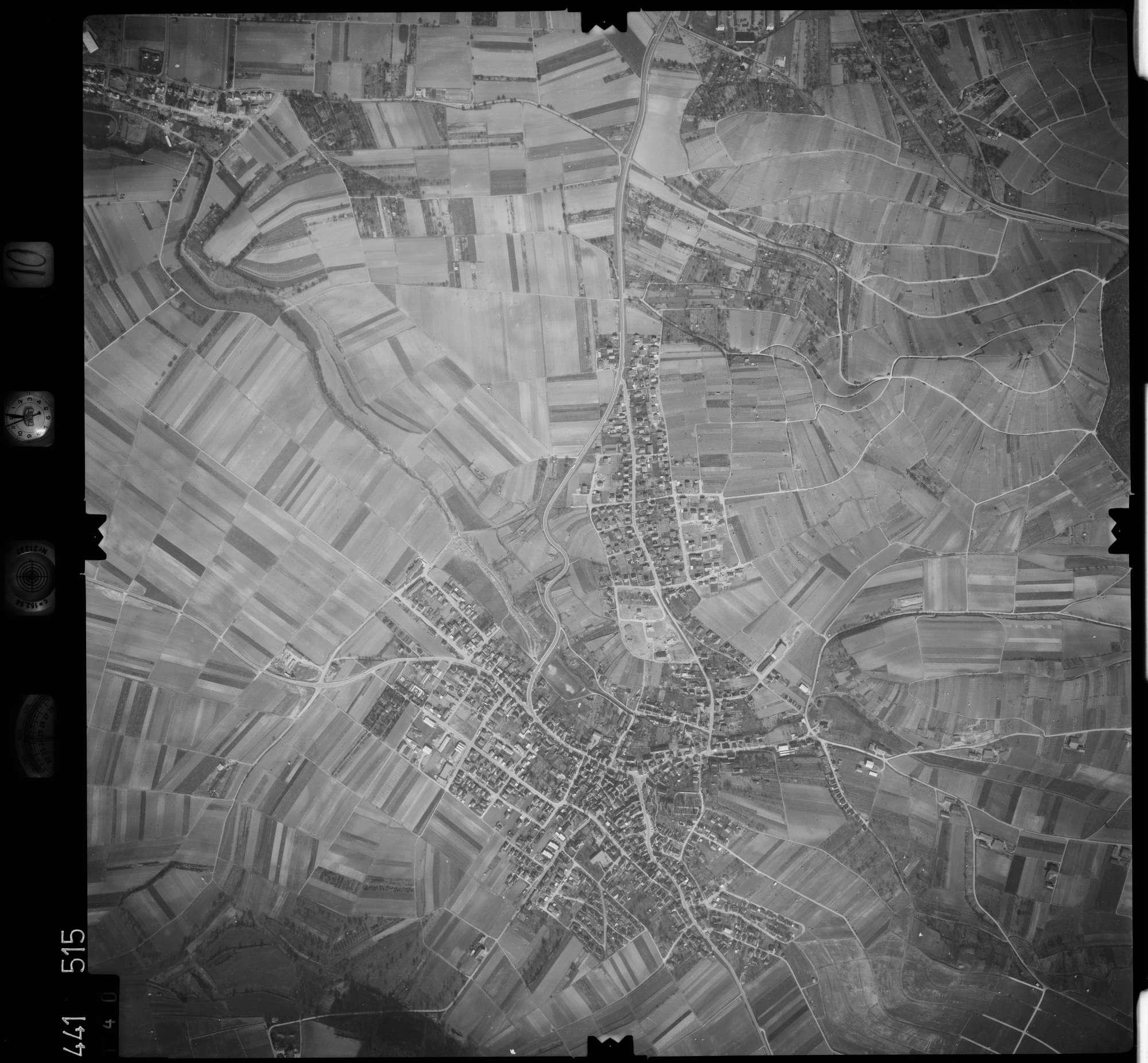 Luftbild: Film 10 Bildnr. 140, Bild 1