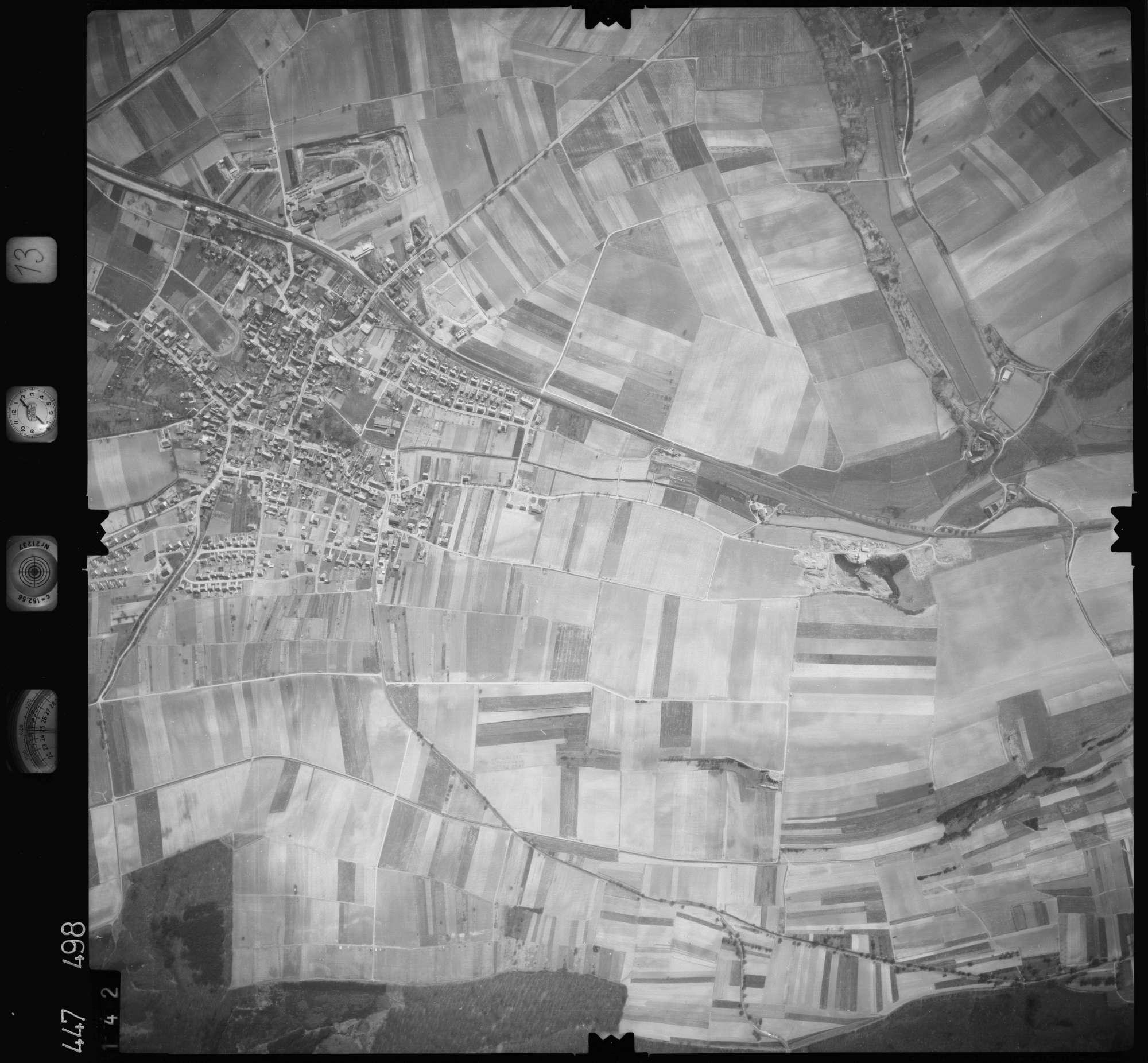 Luftbild: Film 13 Bildnr. 142, Bild 1