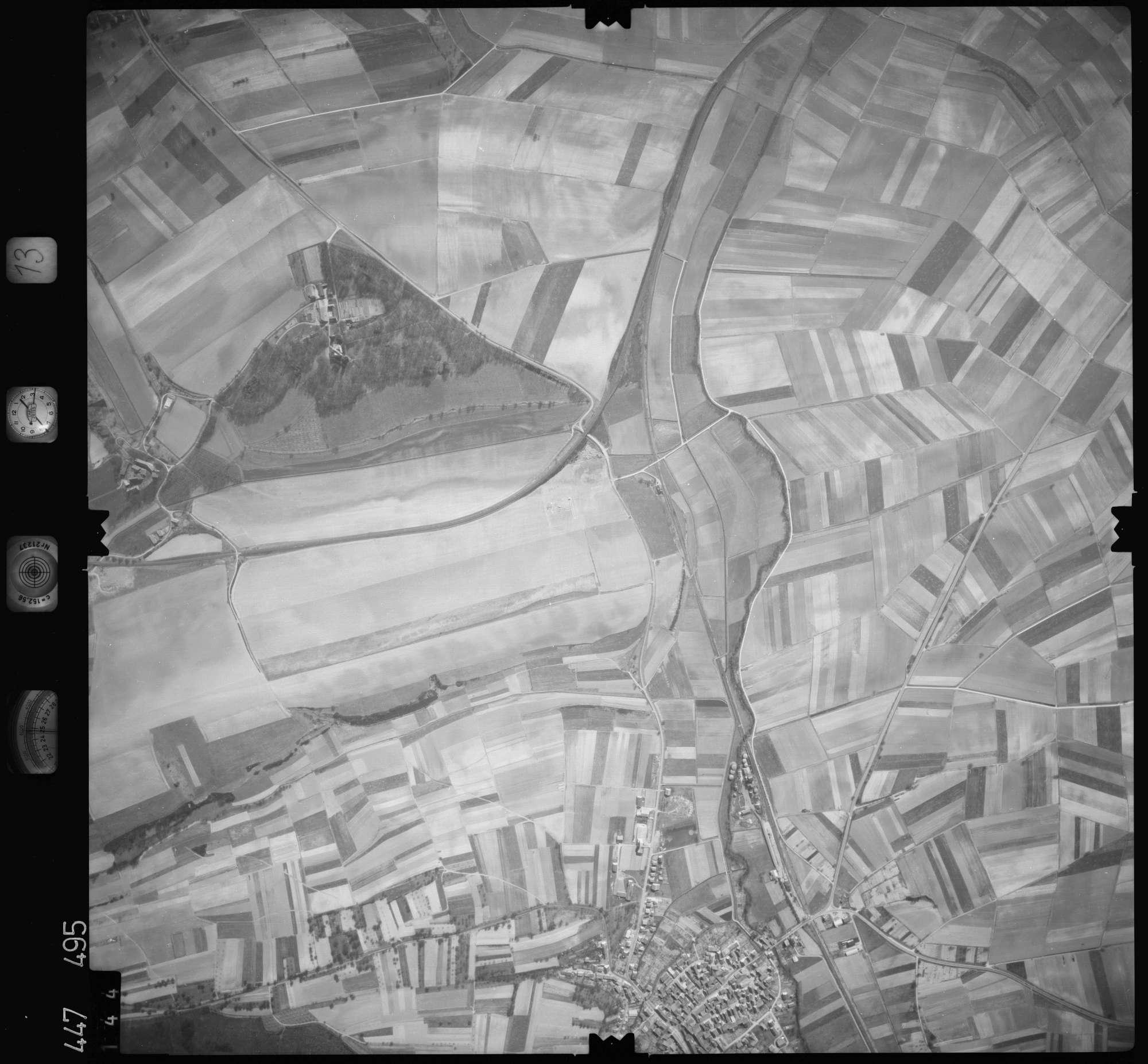 Luftbild: Film 13 Bildnr. 144, Bild 1