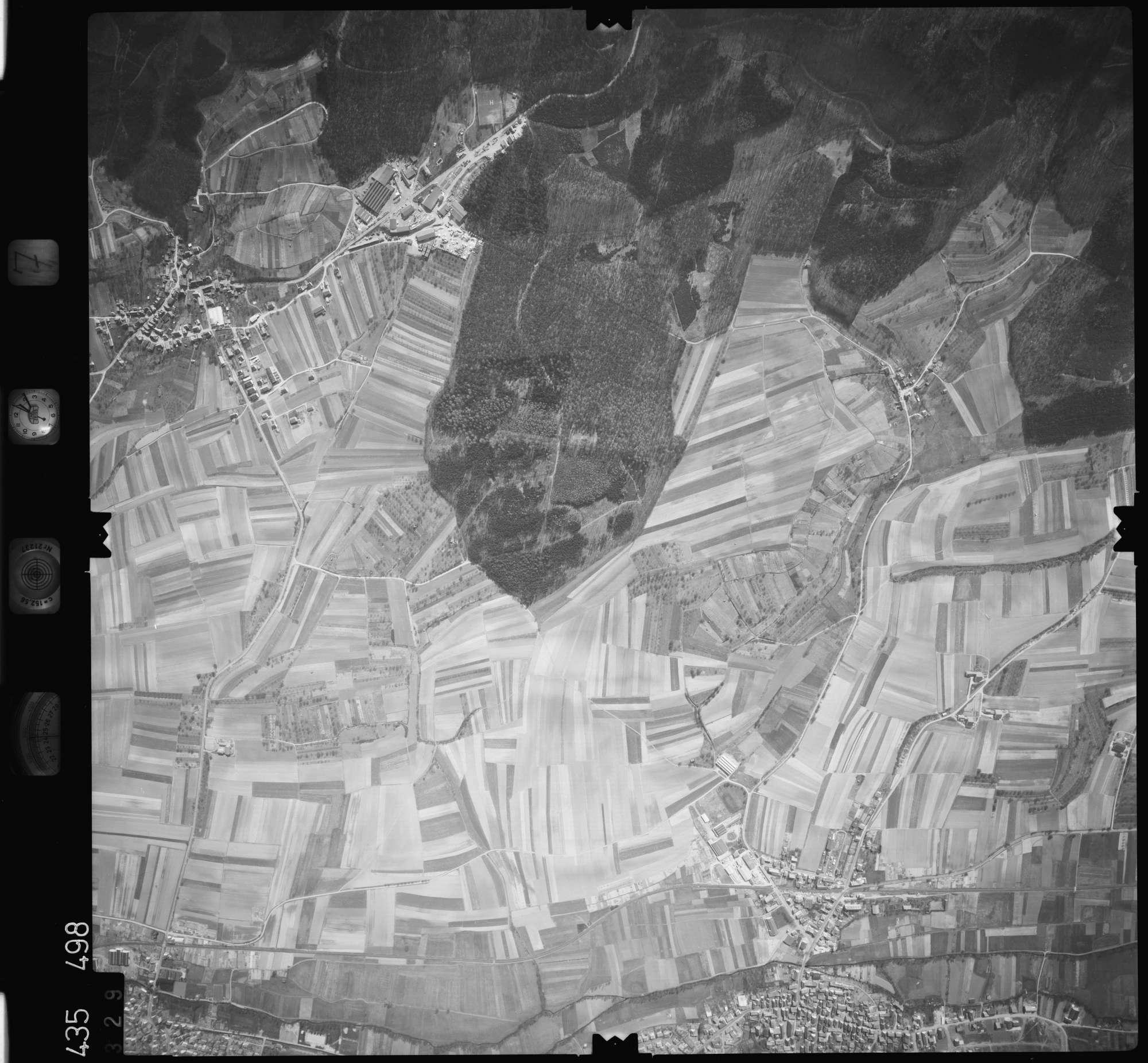 Luftbild: Film 7 Bildnr. 329, Bild 1