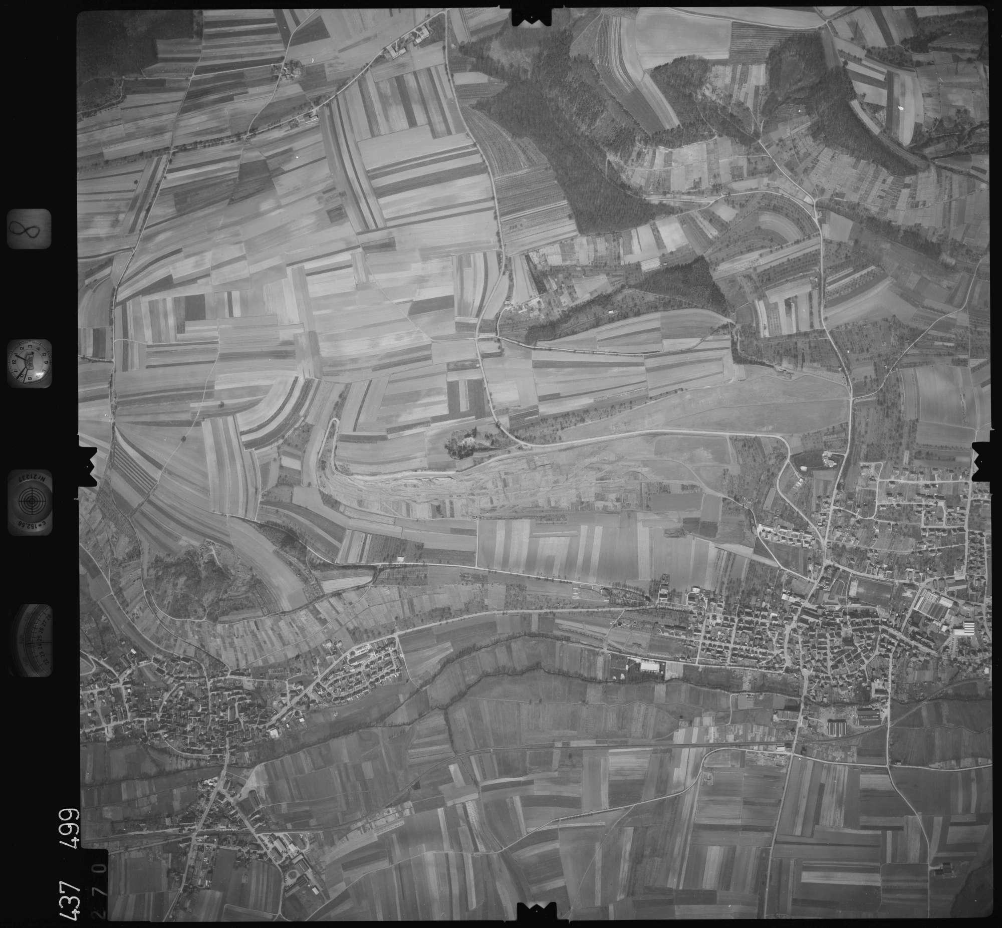 Luftbild: Film 8 Bildnr. 270, Bild 1