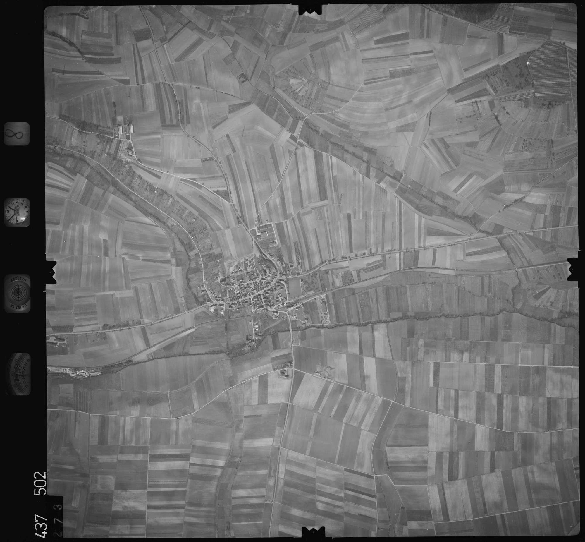 Luftbild: Film 8 Bildnr. 273, Bild 1
