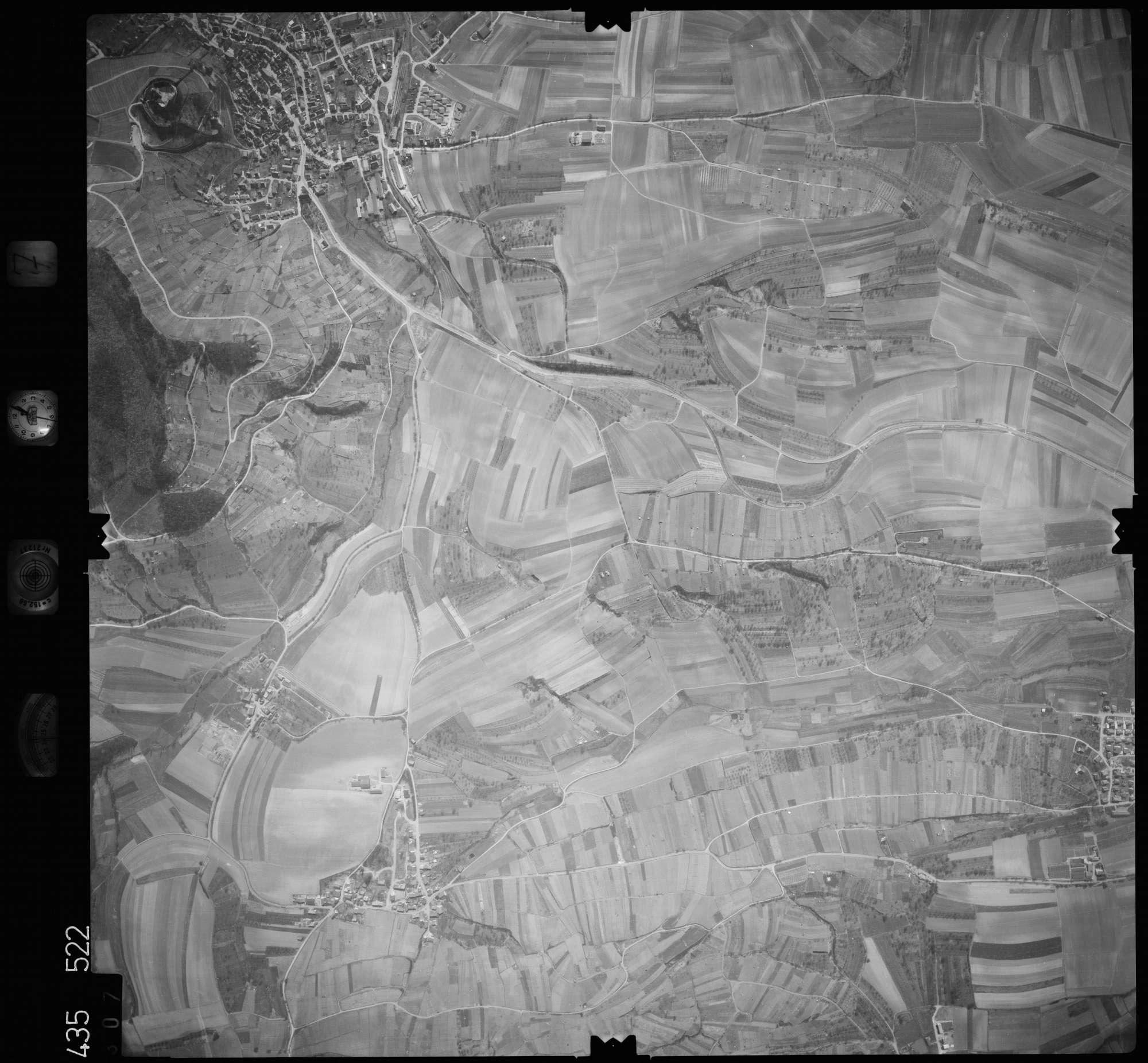 Luftbild: Film 7 Bildnr. 307, Bild 1