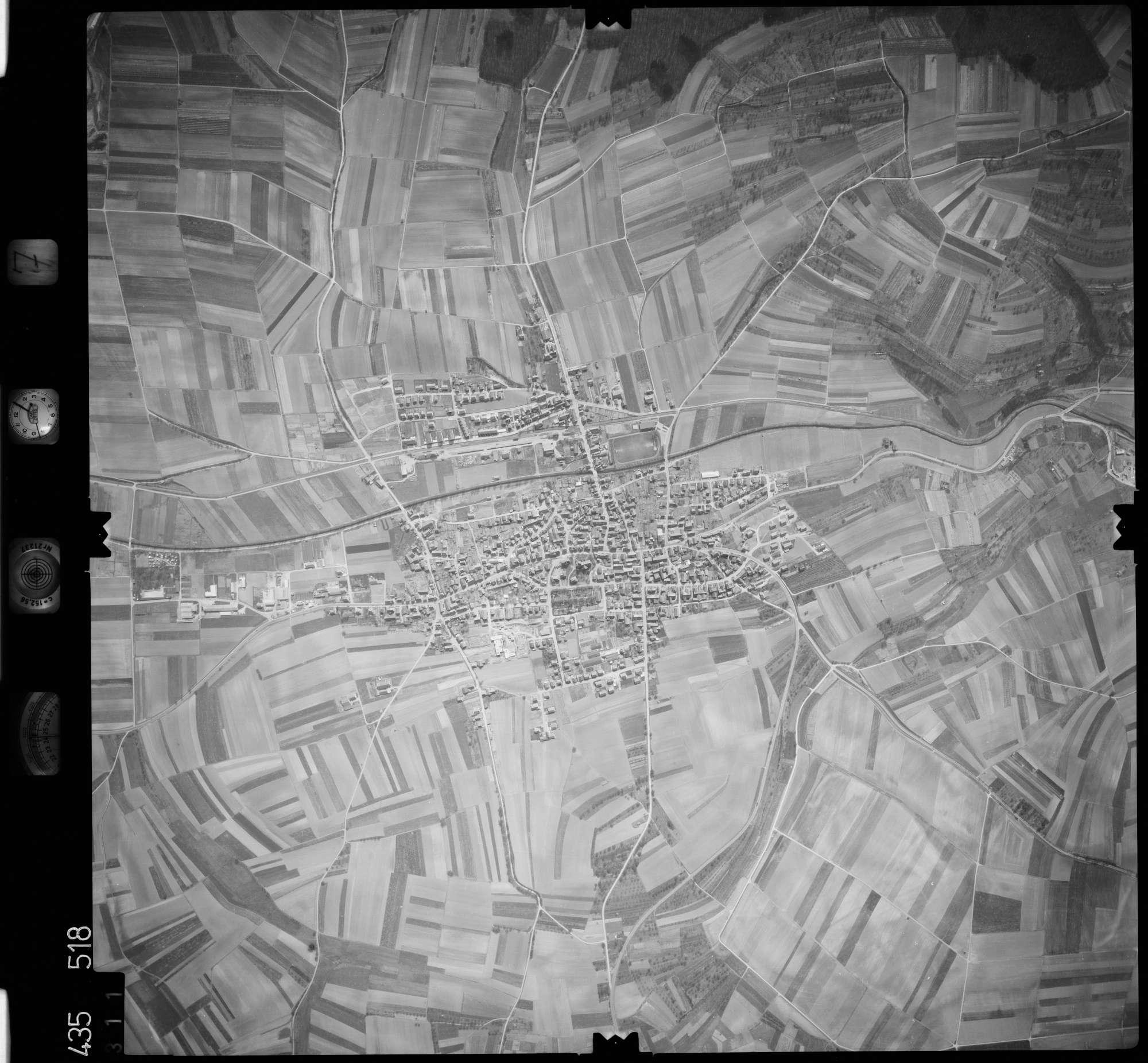 Luftbild: Film 7 Bildnr. 311, Bild 1