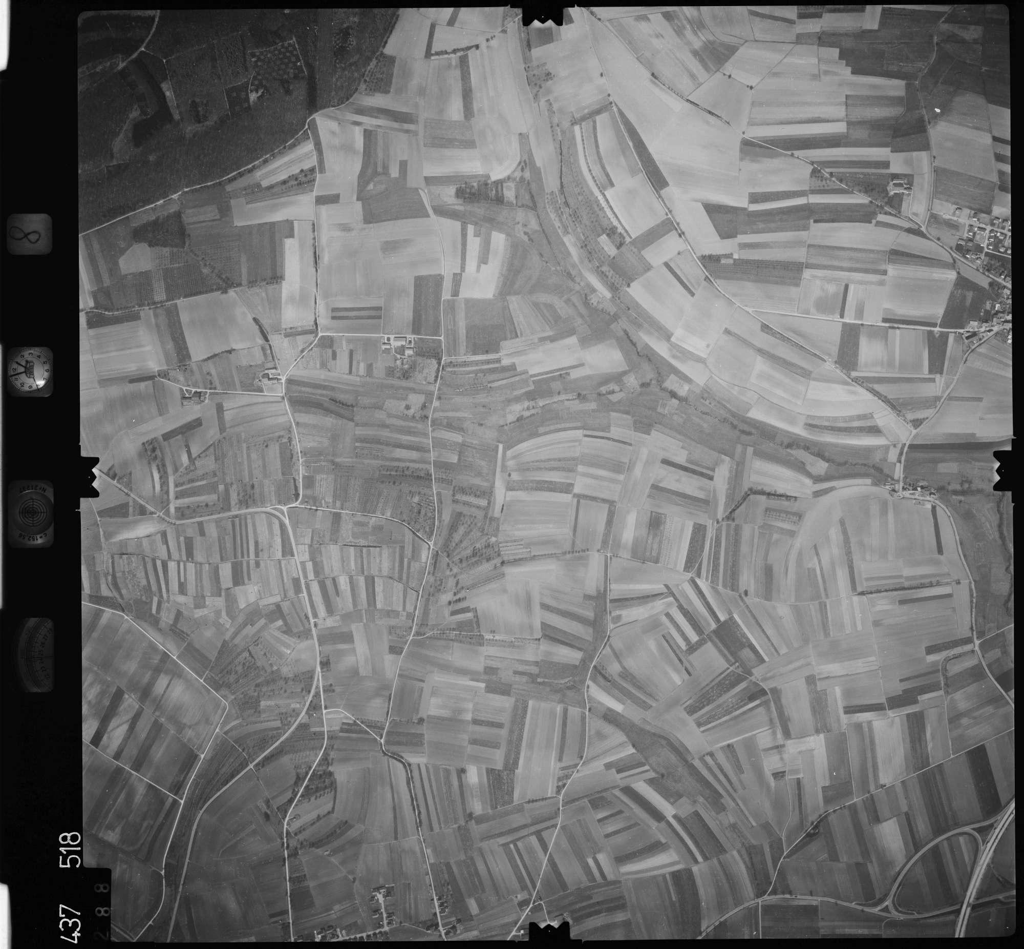Luftbild: Film 8 Bildnr. 288, Bild 1