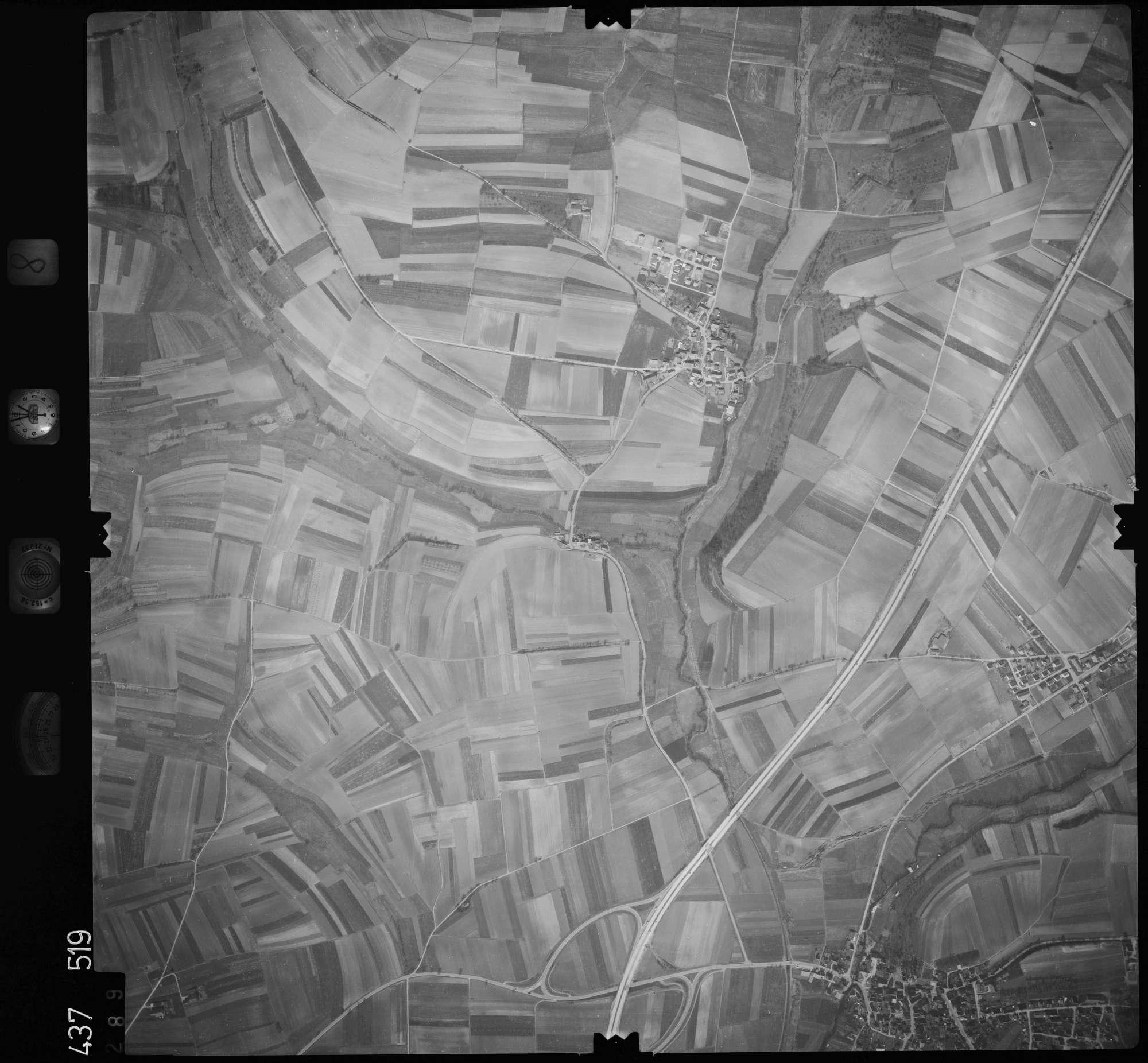 Luftbild: Film 8 Bildnr. 289, Bild 1