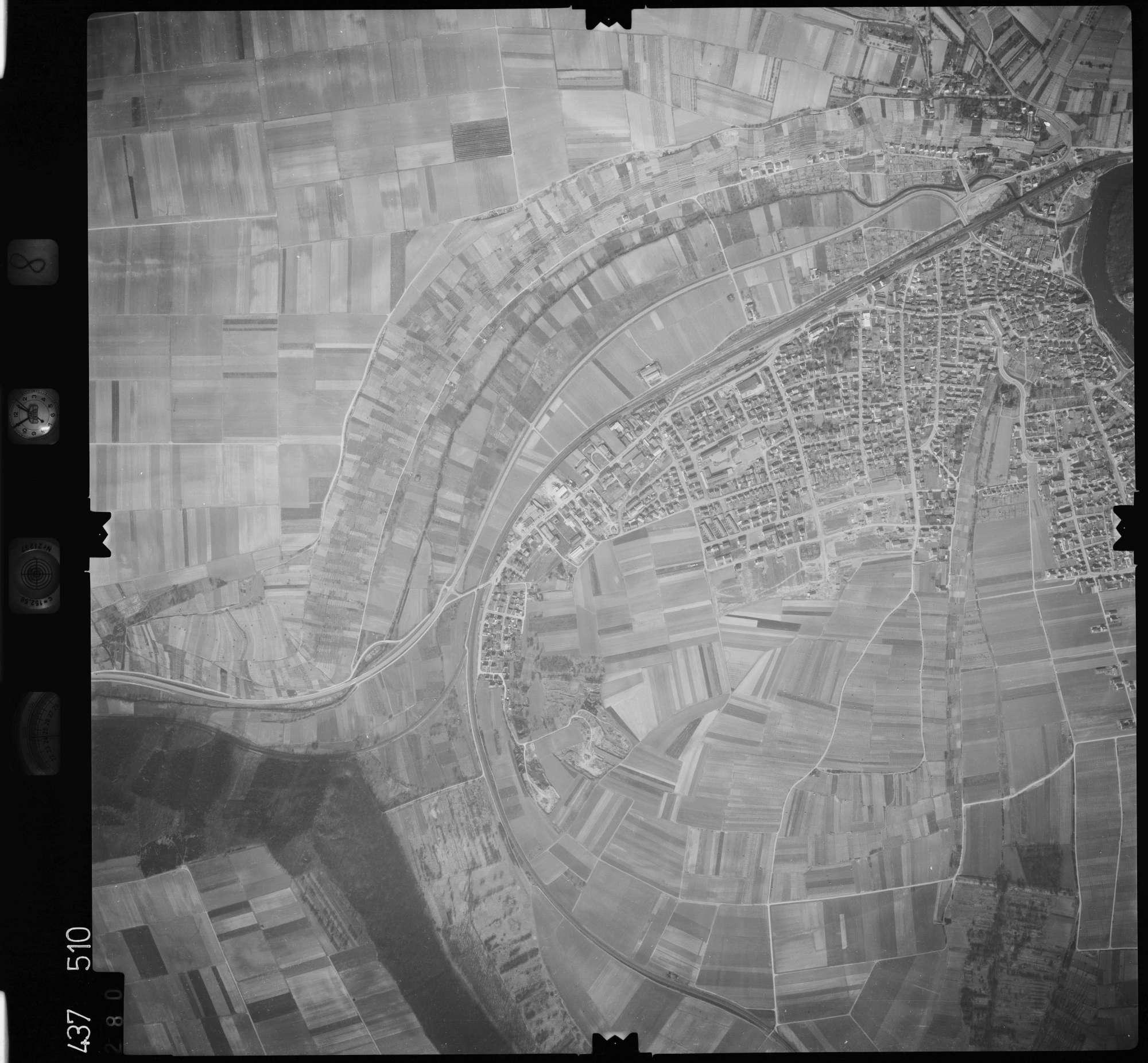 Luftbild: Film 8 Bildnr. 280, Bild 1