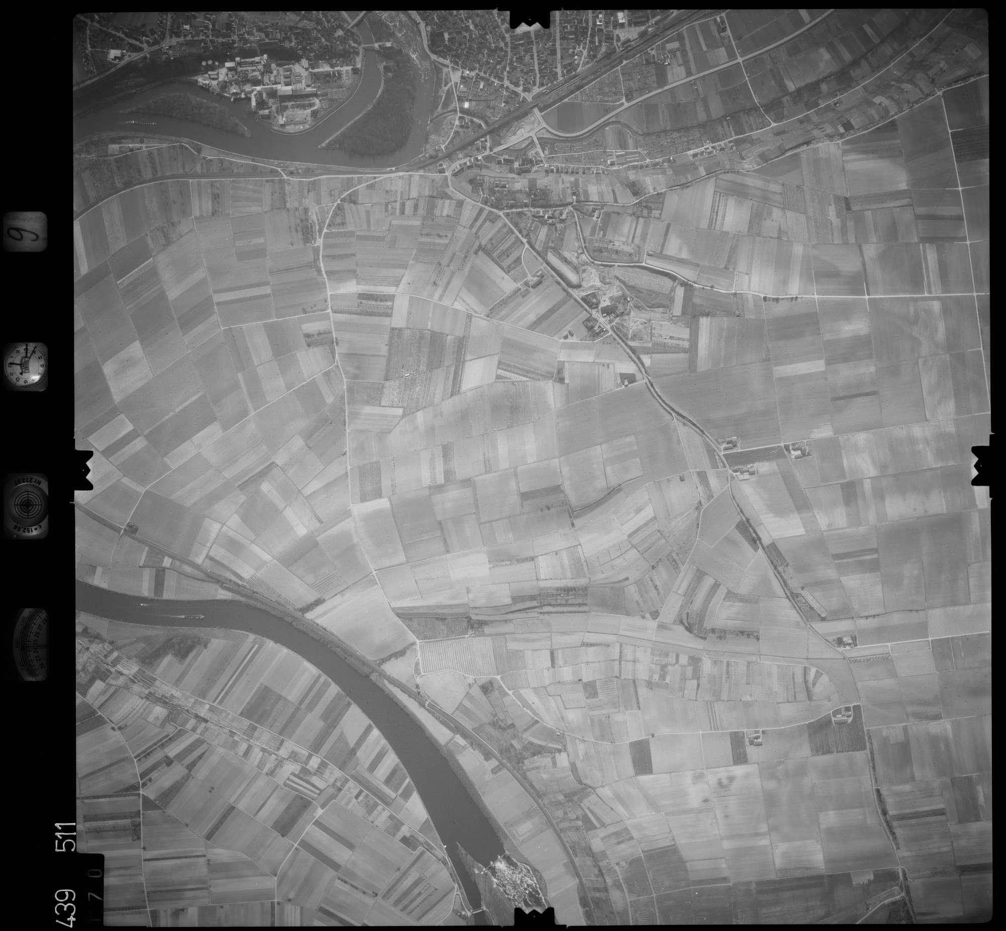 Luftbild: Film 9 Bildnr. 170, Bild 1