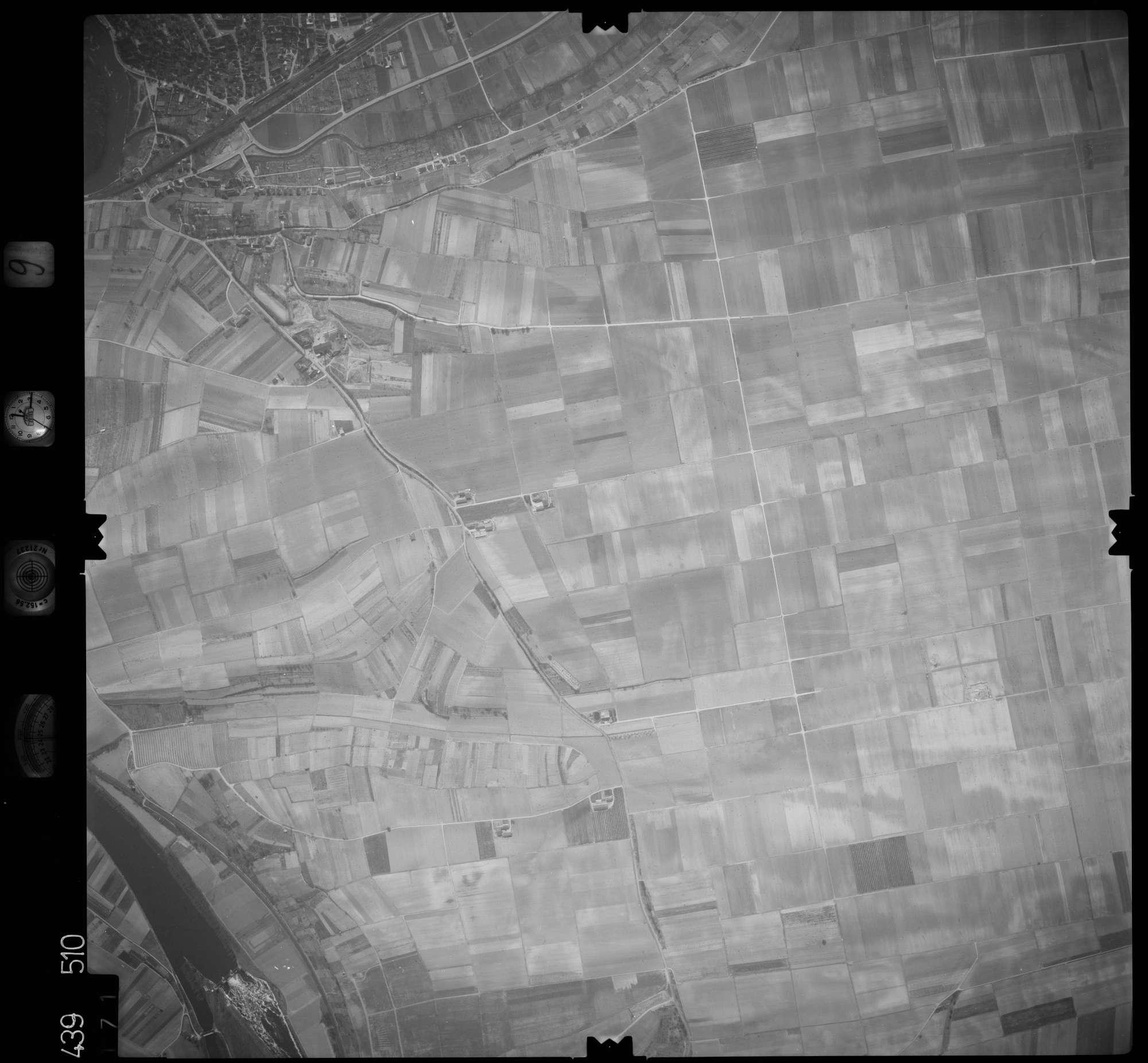Luftbild: Film 9 Bildnr. 171, Bild 1