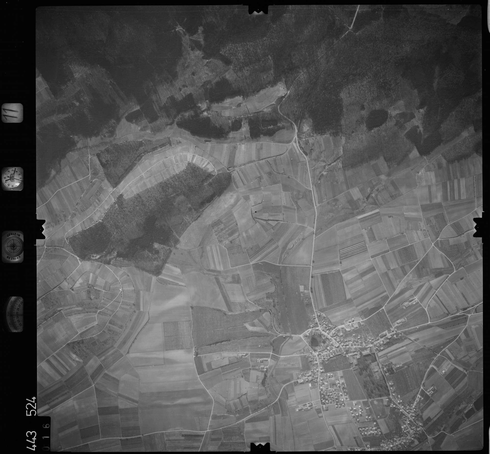 Luftbild: Film 11 Bildnr. 16, Bild 1