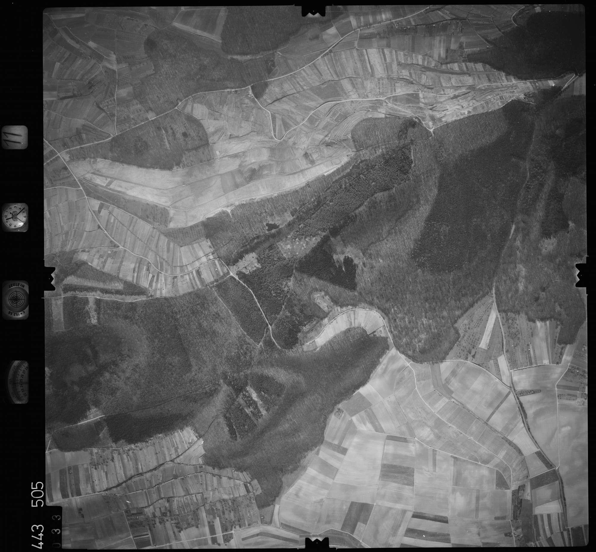 Luftbild: Film 11 Bildnr. 33, Bild 1
