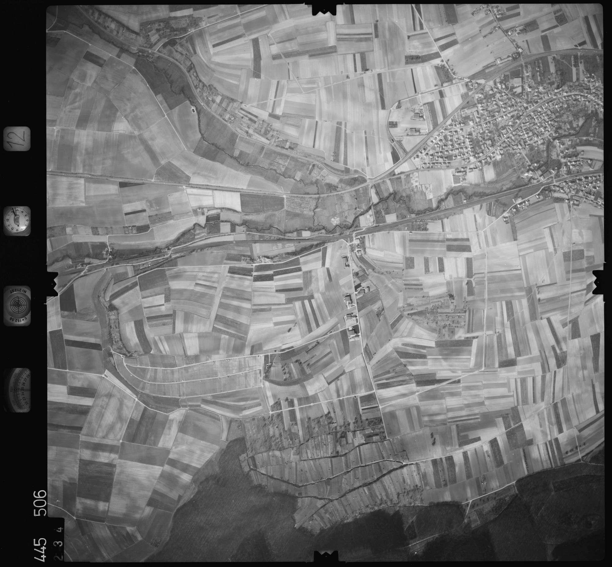 Luftbild: Film 12 Bildnr. 234, Bild 1