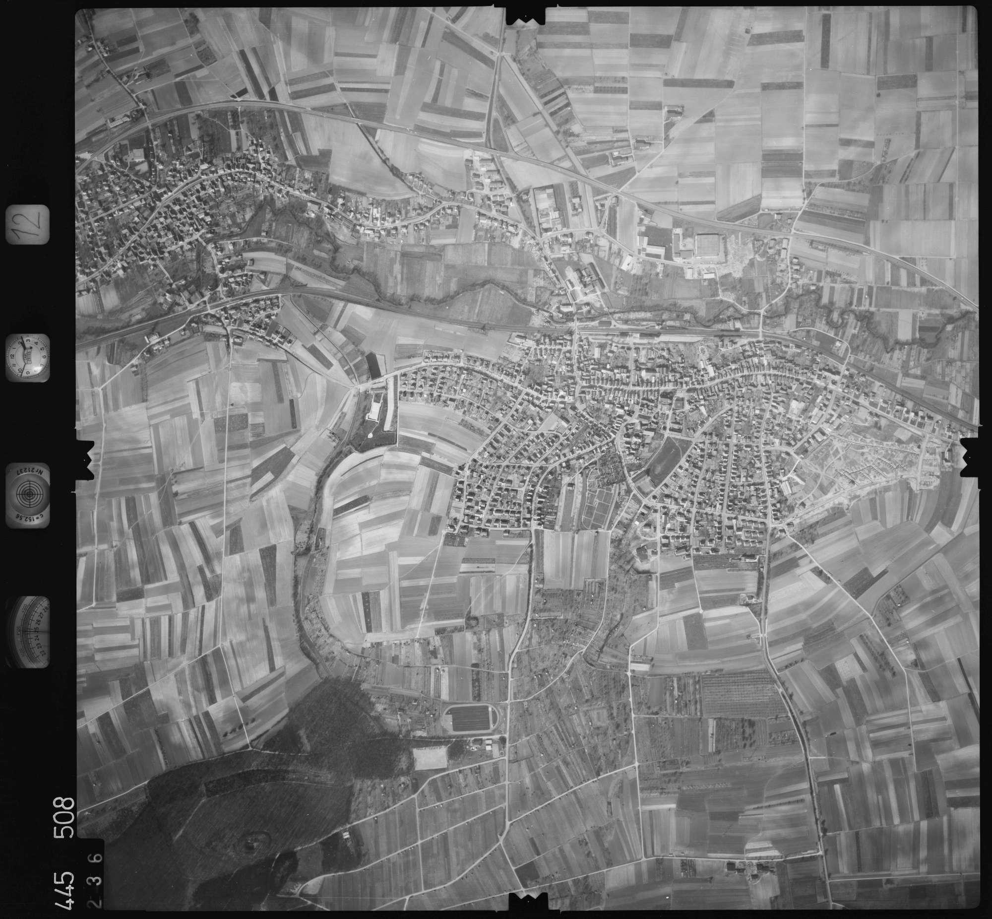 Luftbild: Film 12 Bildnr. 236, Bild 1