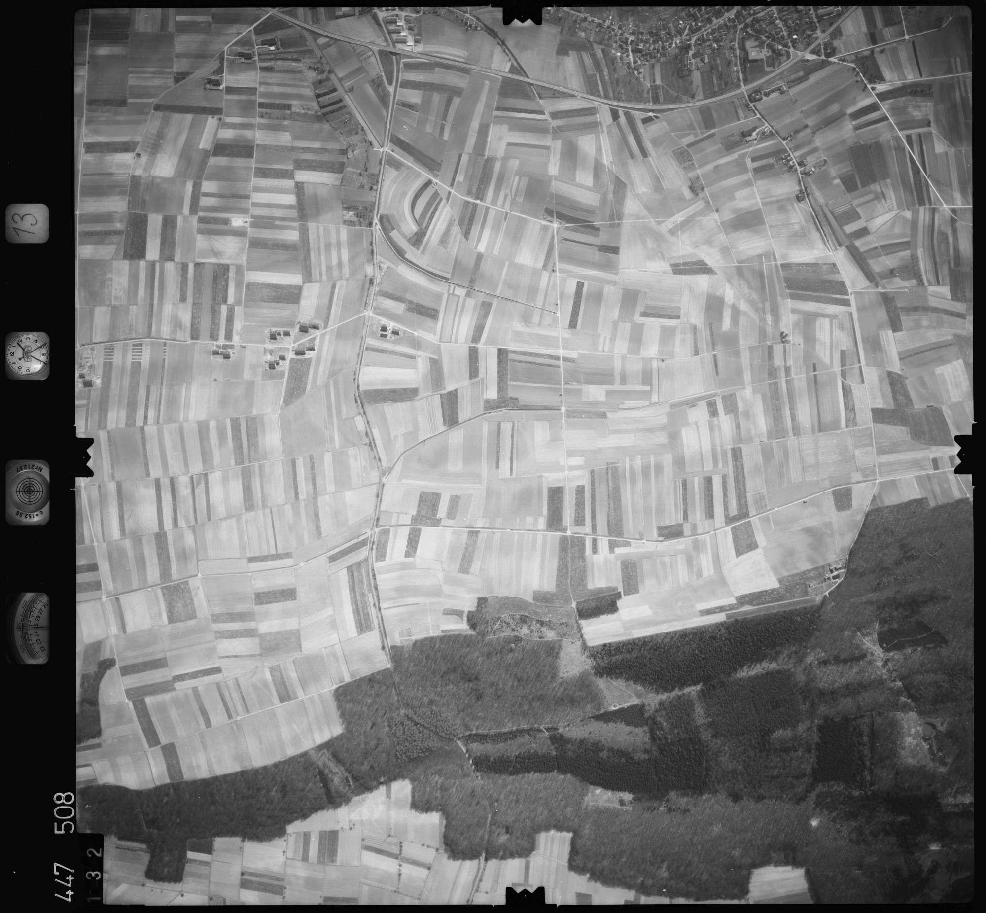 Luftbild: Film 13 Bildnr. 132, Bild 1