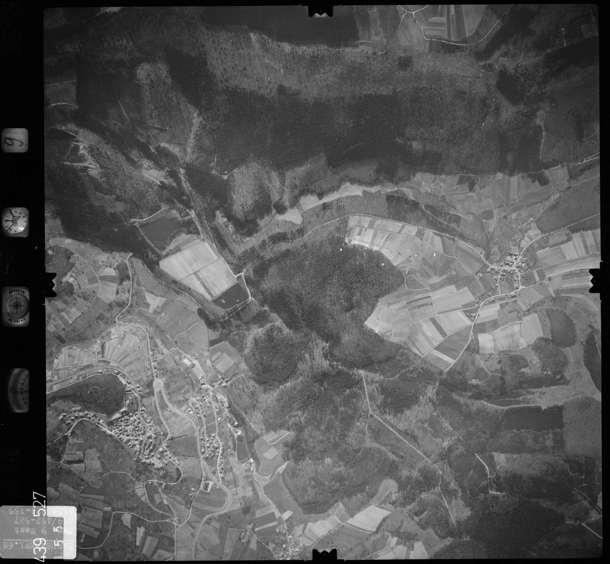 Luftbild: Film 9 Bildnr. 155, Bild 1