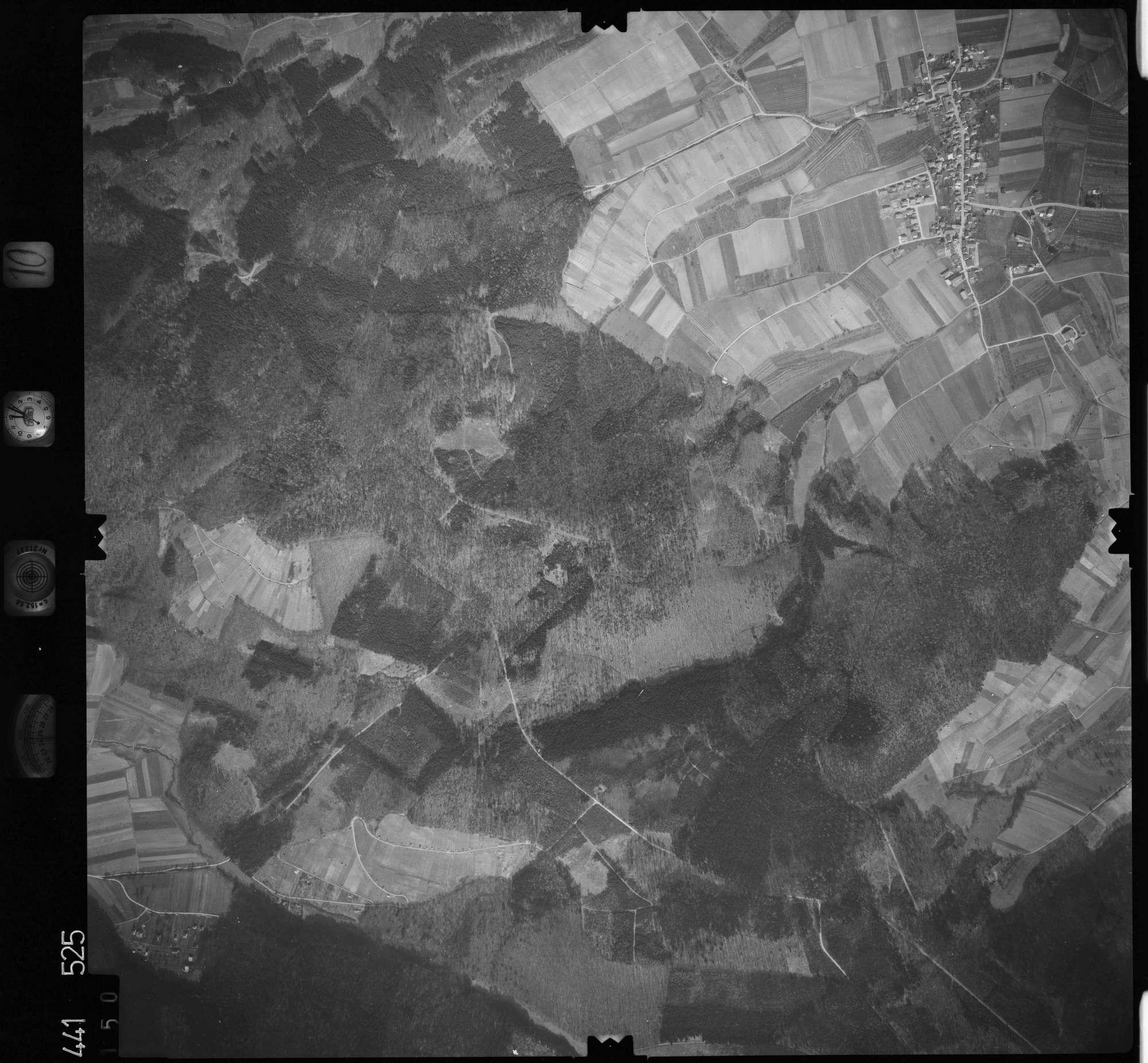 Luftbild: Film 10 Bildnr. 150, Bild 1