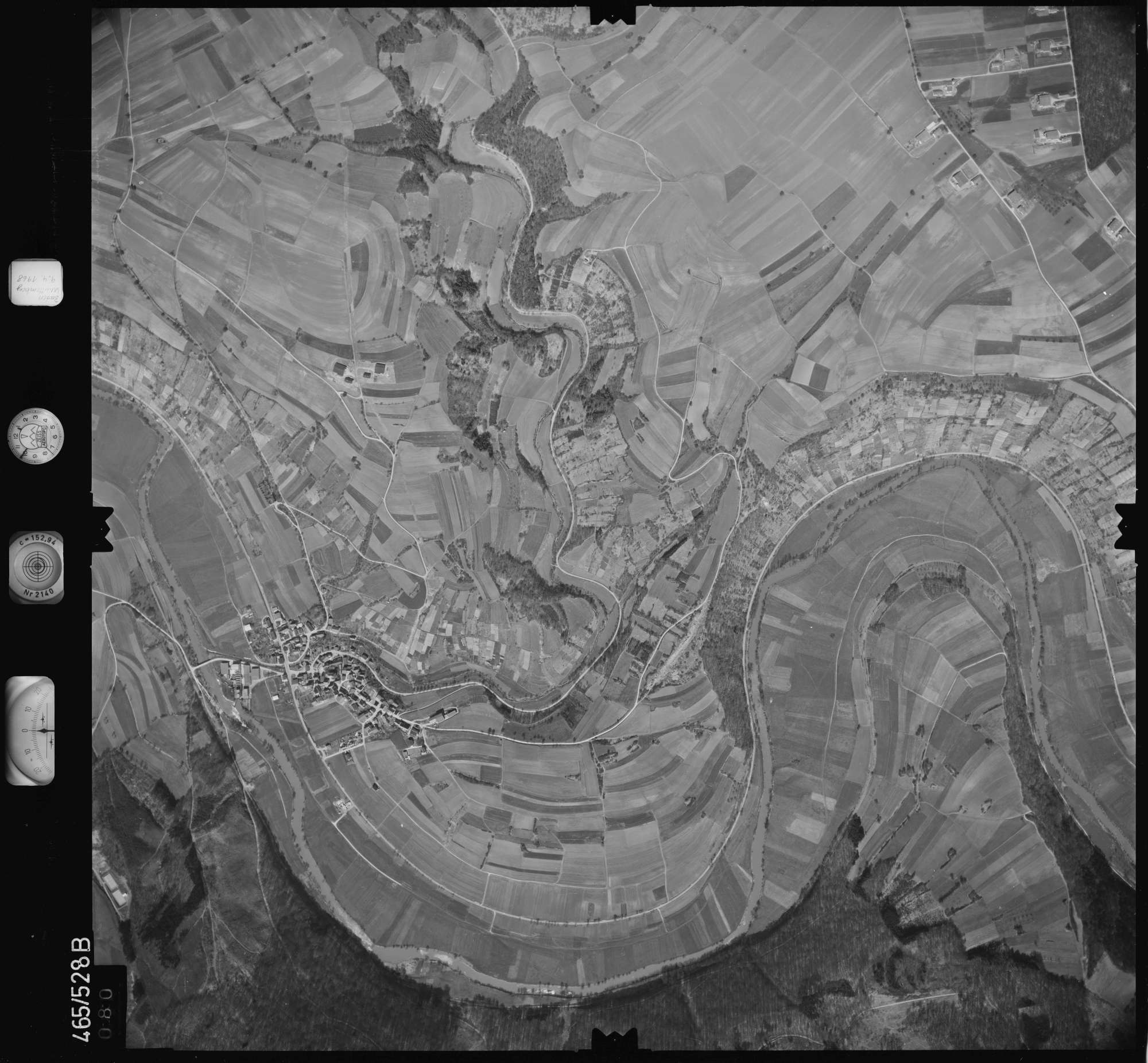 Luftbild: Film 102 Bildnr. 80, Bild 1