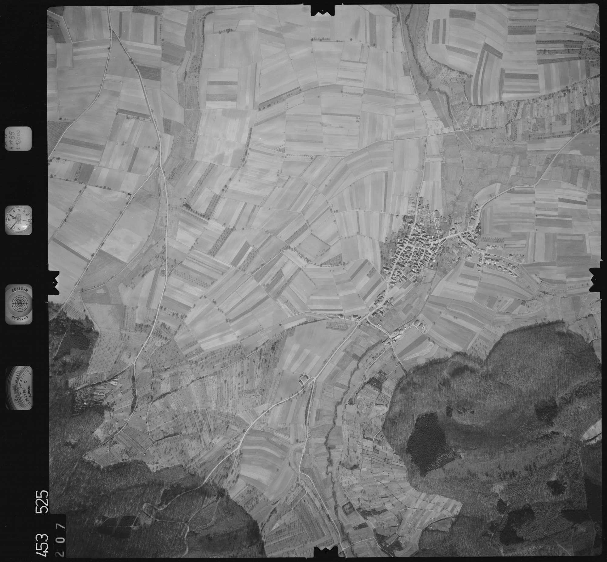 Luftbild: Film 16 Bildnr. 207, Bild 1