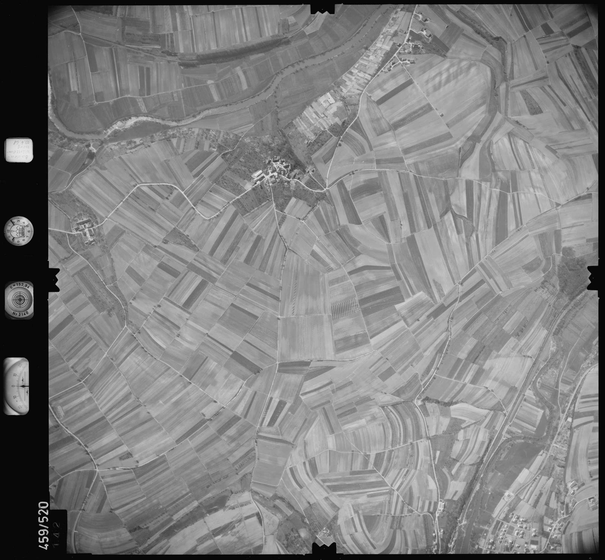 Luftbild: Film 103 Bildnr. 142, Bild 1