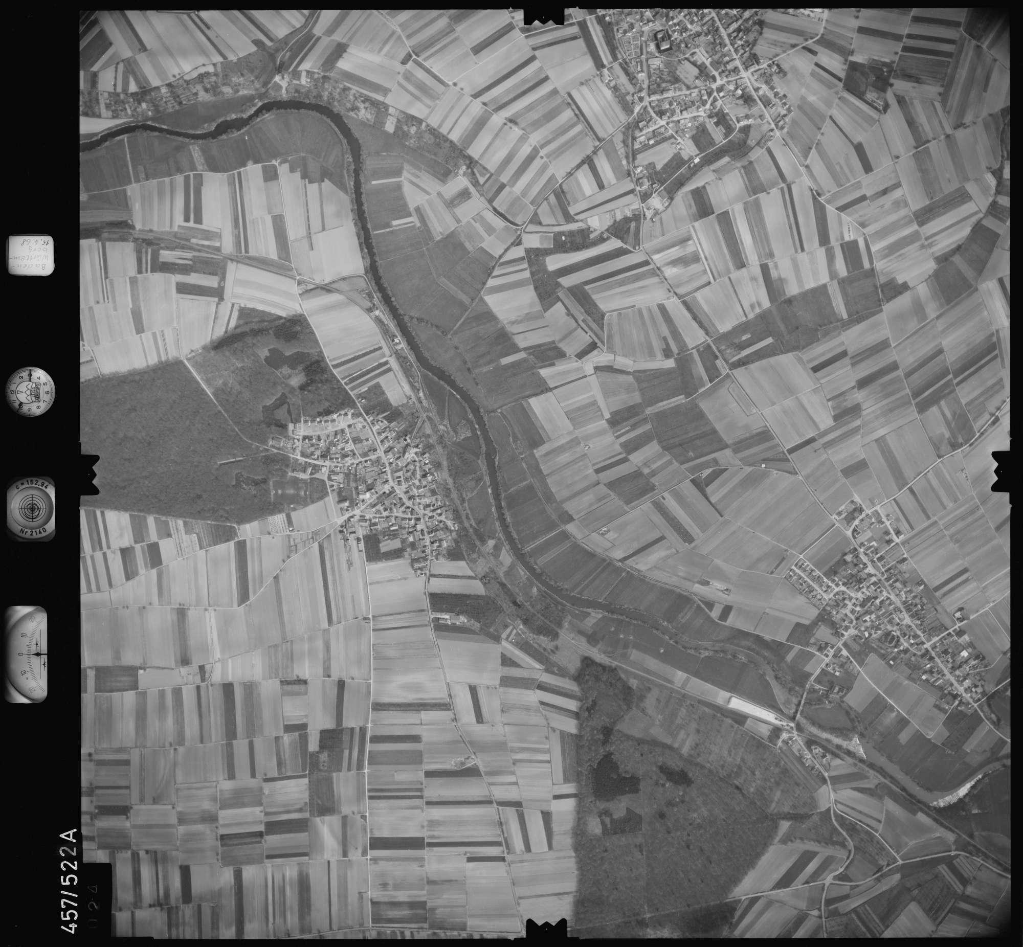 Luftbild: Film 105 Bildnr. 24, Bild 1